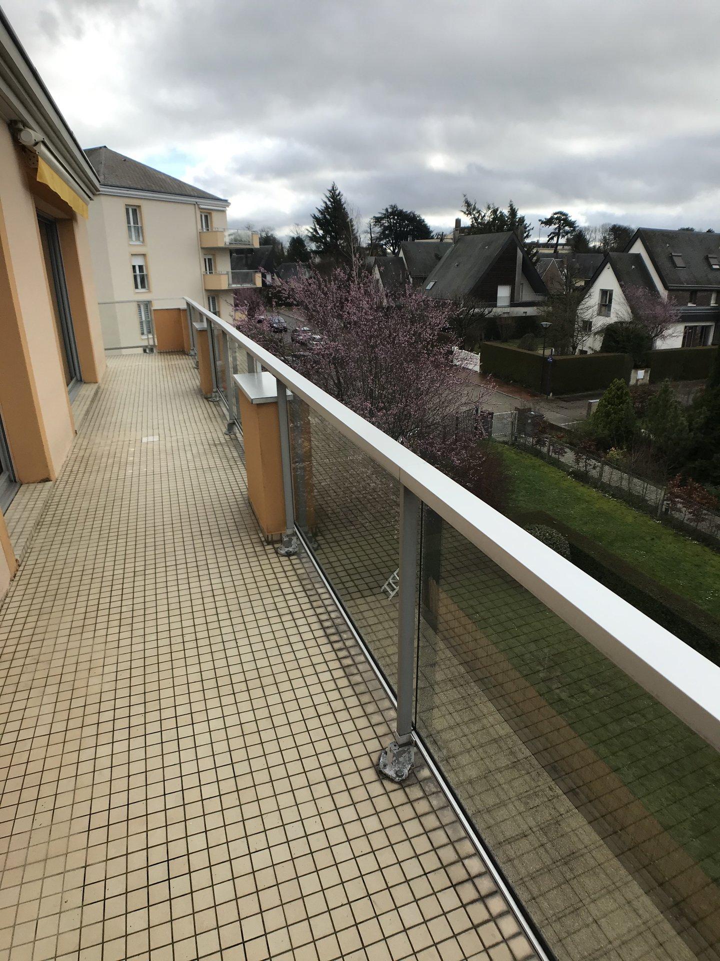 appartement T5 avec terrasses à BOIS GUILLAUME