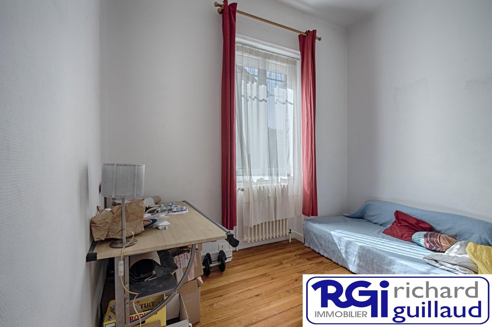 Appartement BOURGOIN Centre ville 3 pièce(s)
