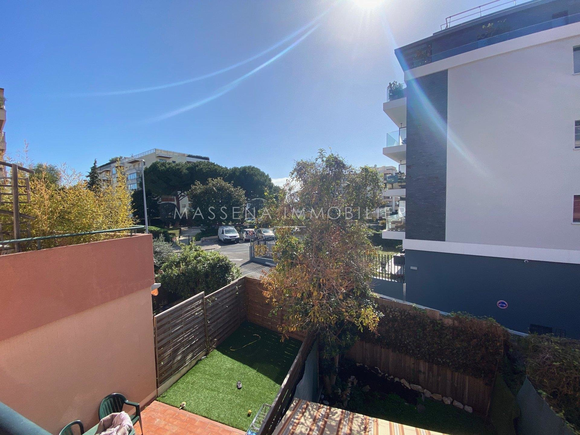 Saint Laurent du Var Port - Studio with terrace