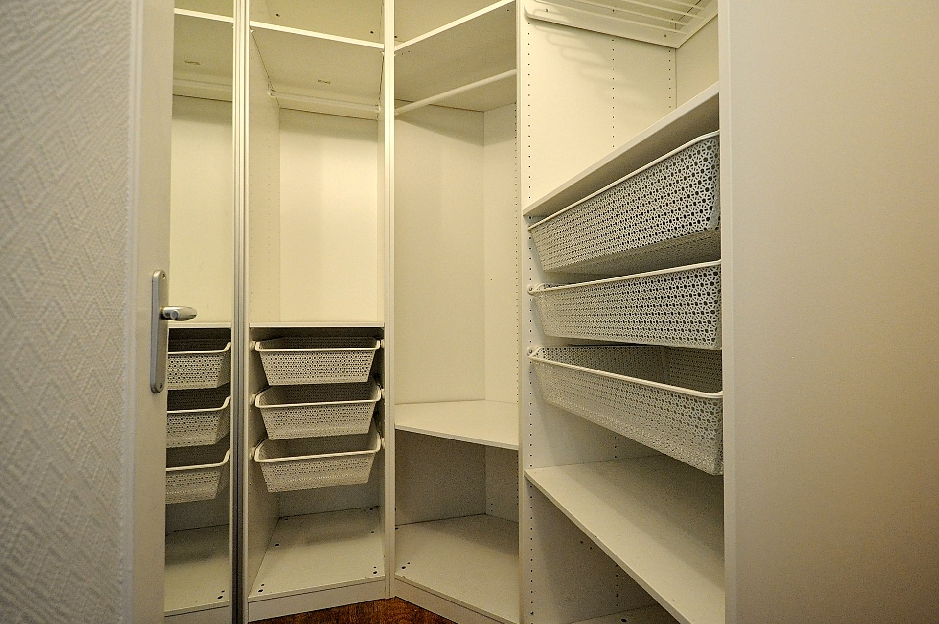 Beau 2p dernier étage asc balcon box - Pt de St Cloud