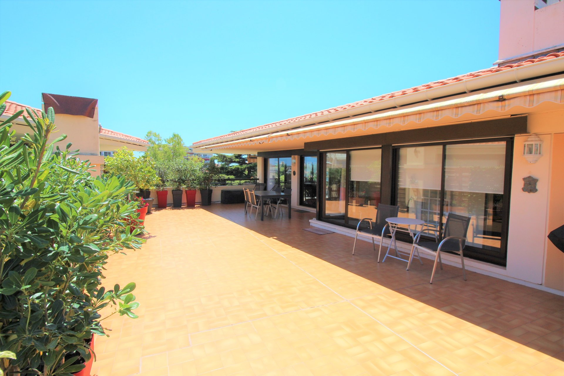 Cannes, penthouse of 130sqm, terrace of 115sqm