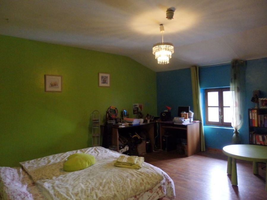 Centre équestre et maisons près de Rancon en Haute Vienne