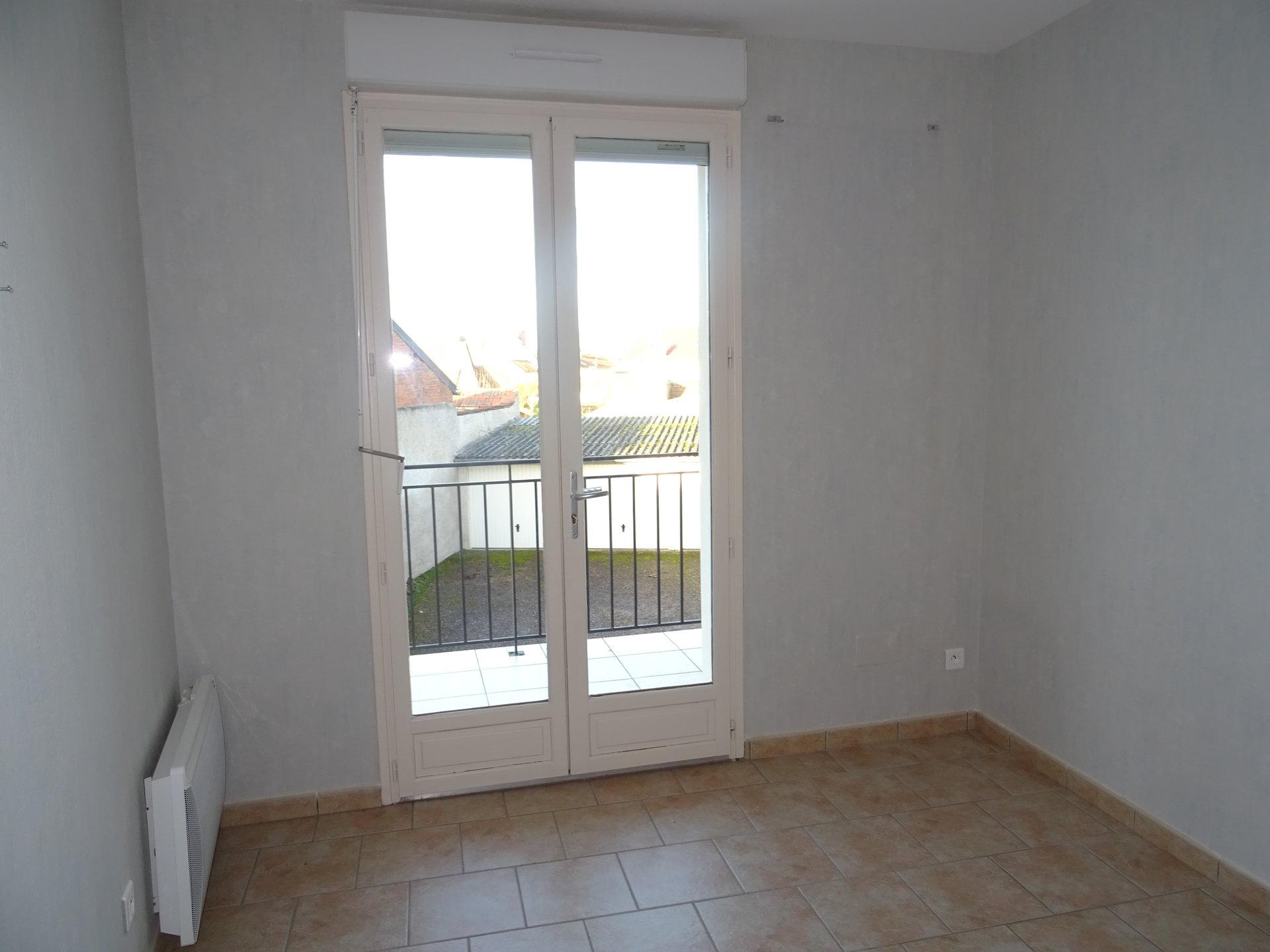 Appartement centre Cosne (F3)