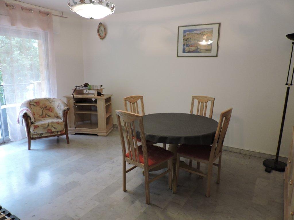Menton, appartement 2 pièces, parking et cave