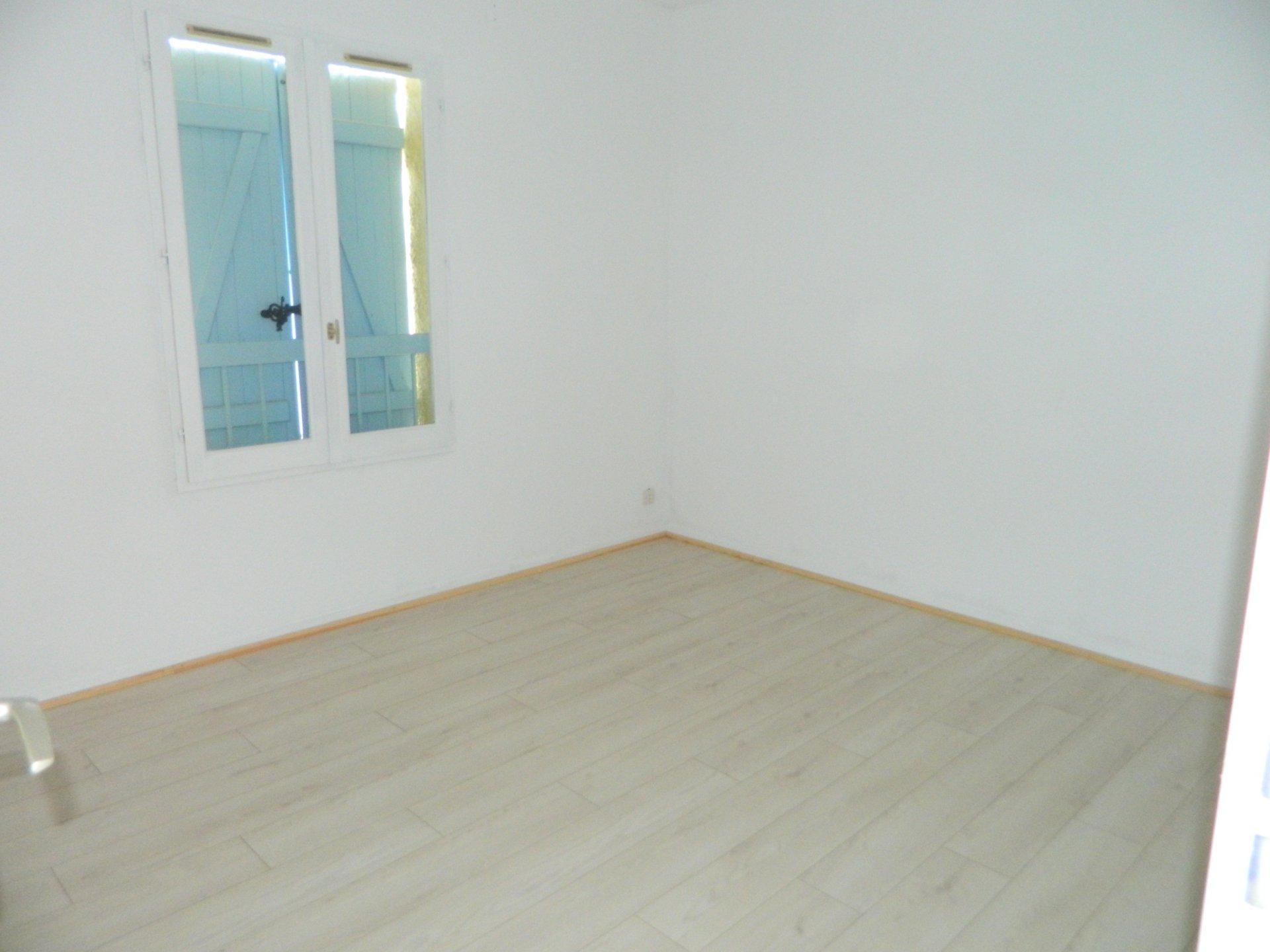 Location Appartement 3 pièces Cogolin 83310