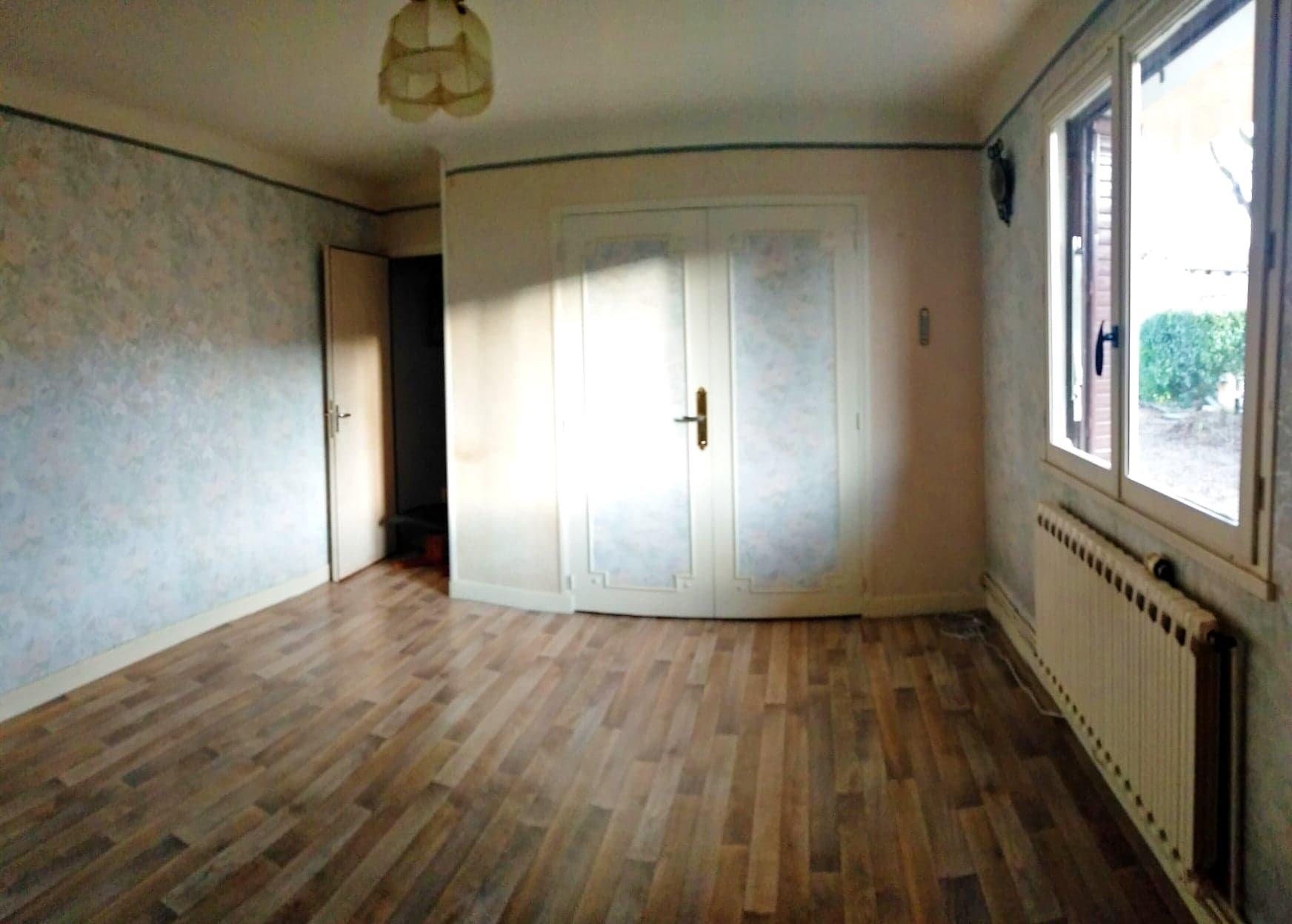 Maison de 102.35 m² sur son terrain arboré de 3870 m²