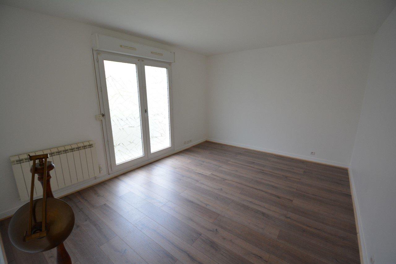 Appartement F1 avec terrasse privative