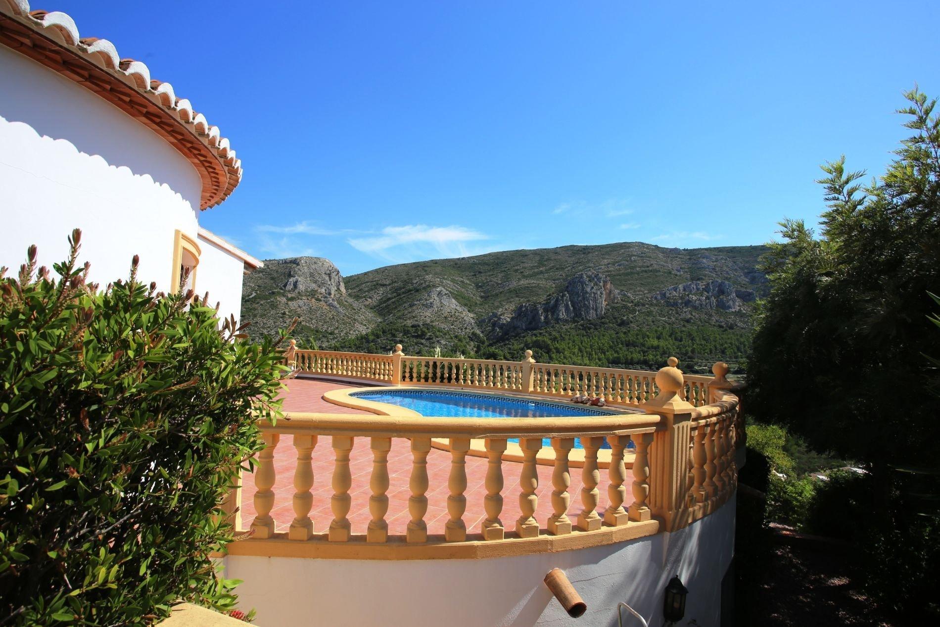 Villa avec vue spectaculaire et appartement indépendant