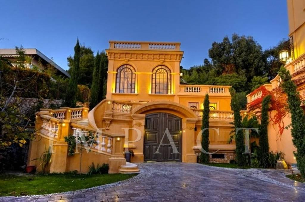 Luxury property for rent in Cannes