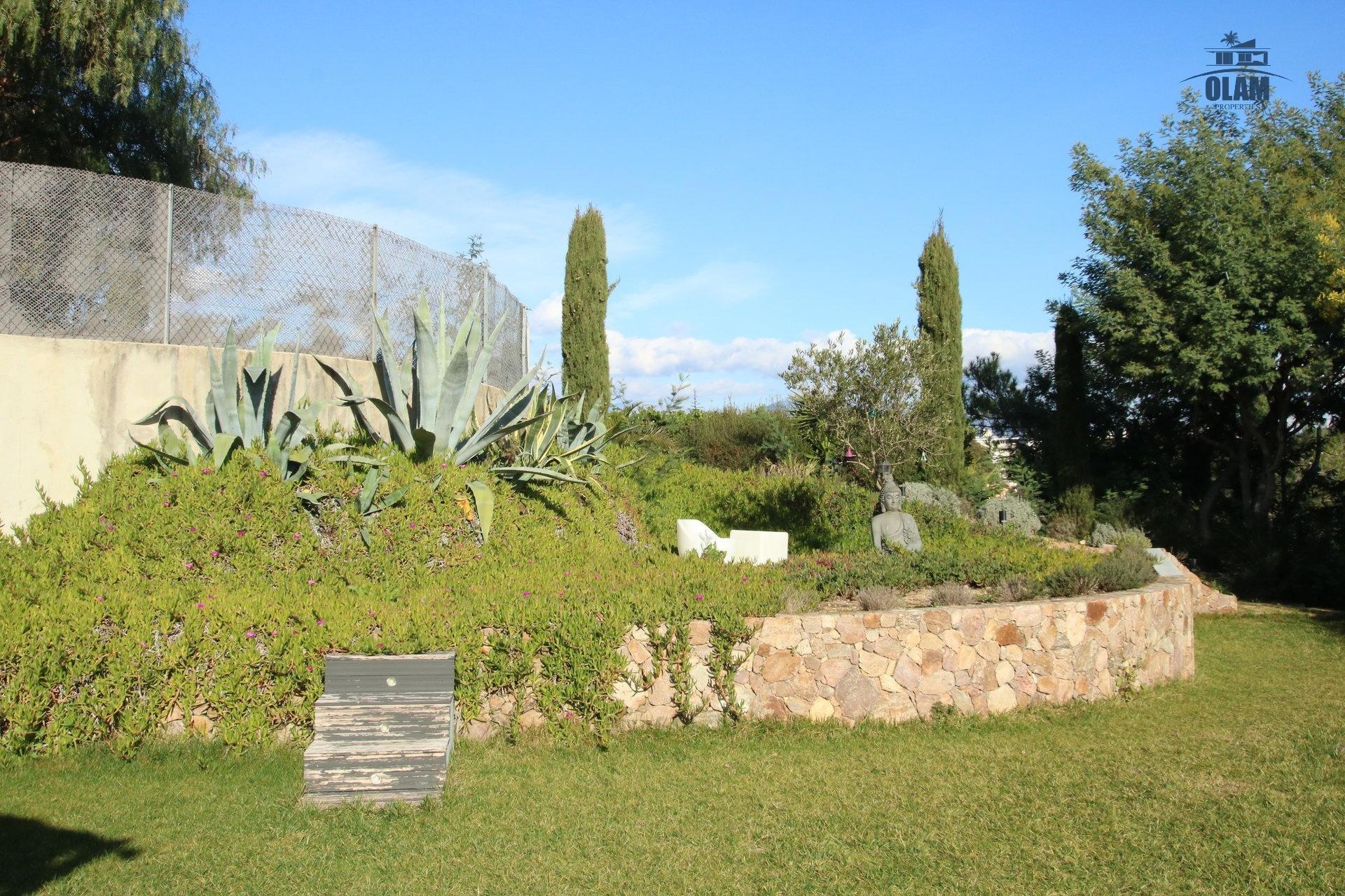 Jardin, sans vis-à-vis, Cannes, Croix des Gardes, Croisette