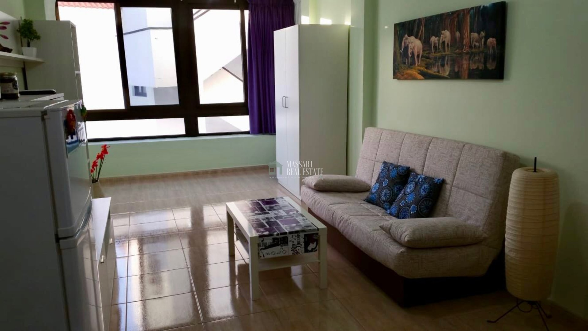 Functional apartment of 55 m2 furnished with top quality furniture.