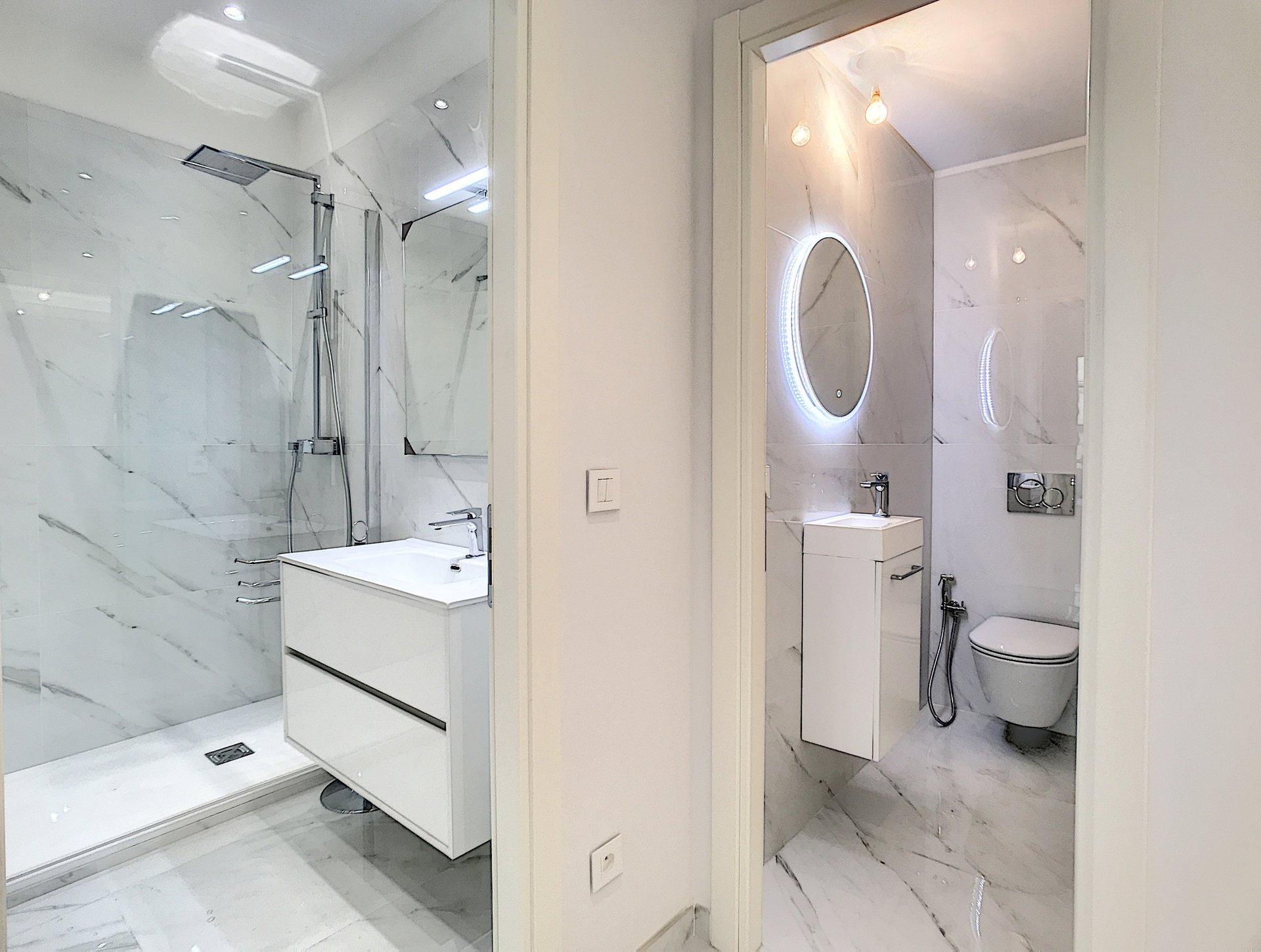 FÖRSÄLJNING Lägenhet 3 Rum 75m² Nice Carré d'Or Promenade des Anglais Terrass