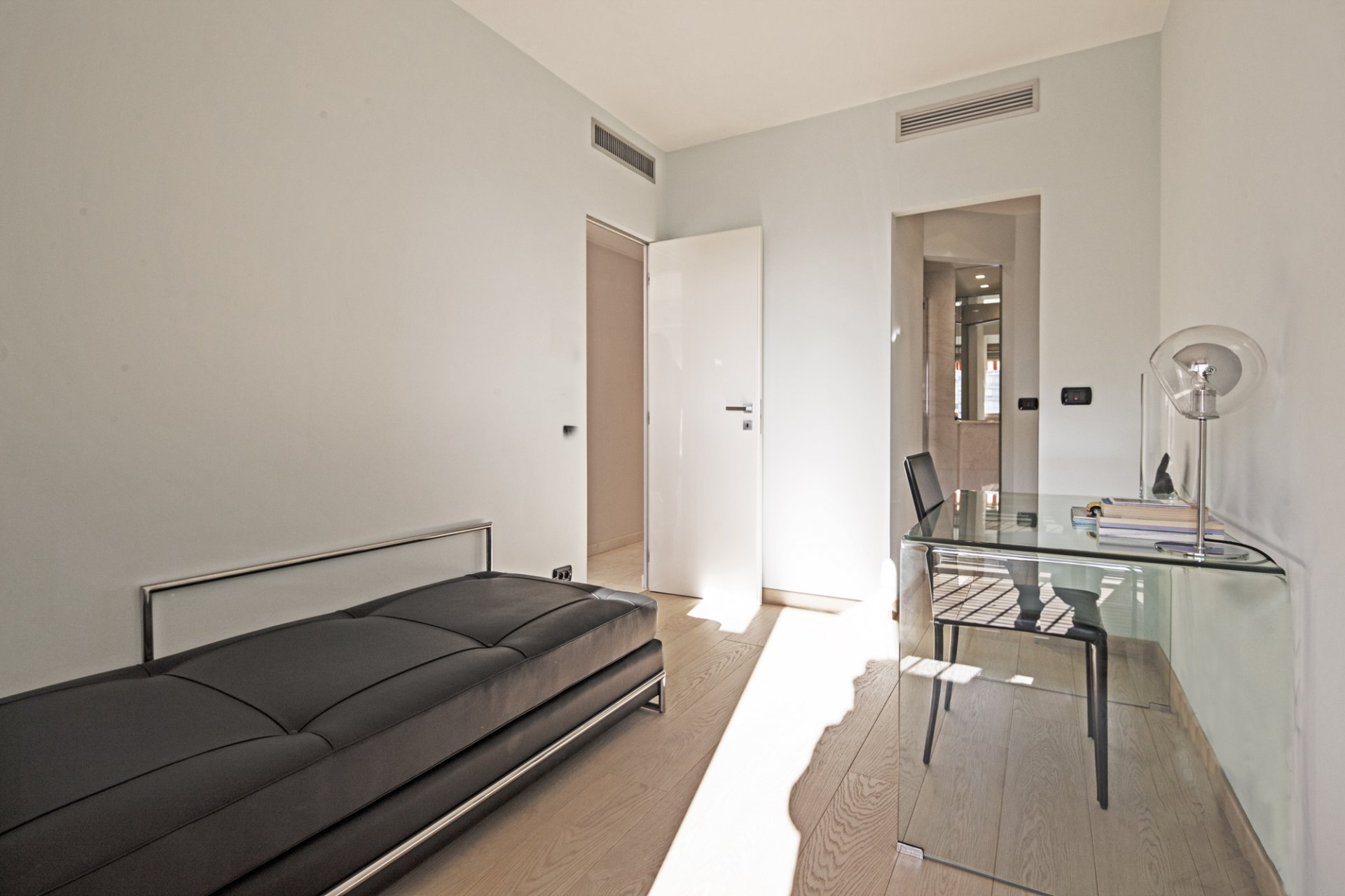 """"""" Park Palace """" - Two Bedrooms apartment"""