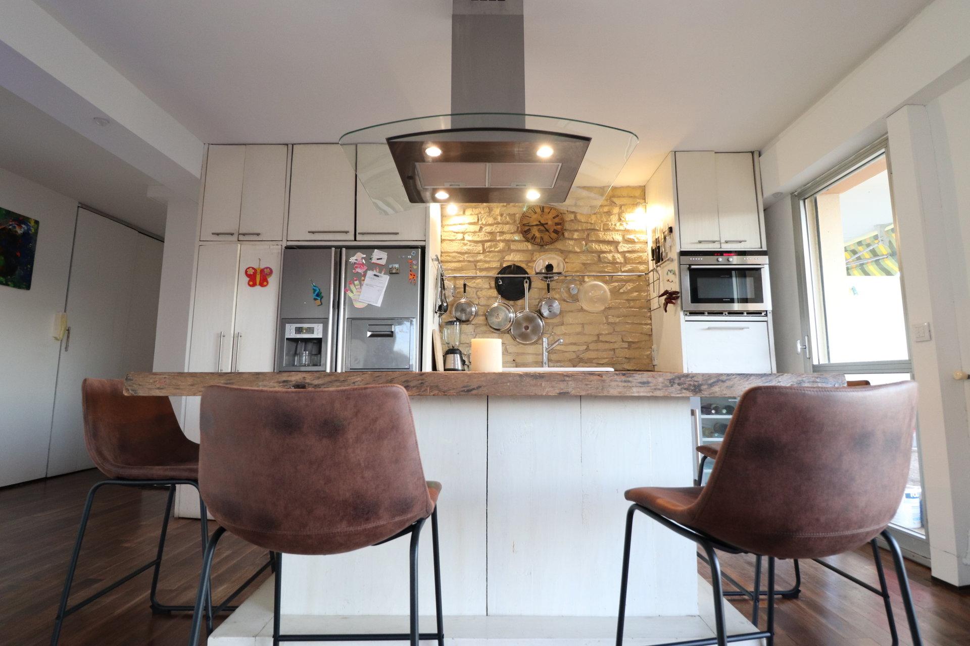 Кухонный бар, нержавеющая сталь