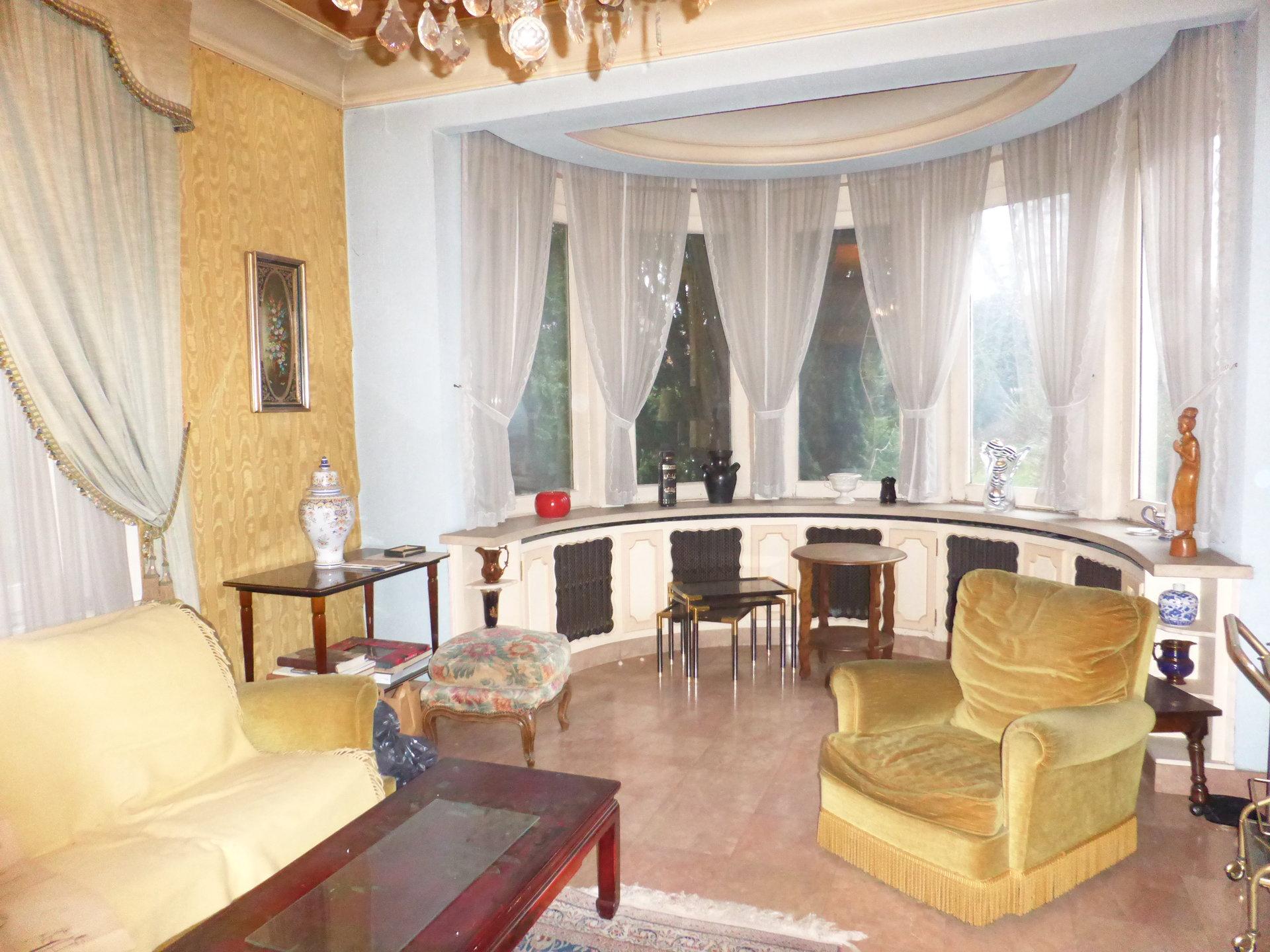 Ensemble maison et appartement  300 m² SOMAIN