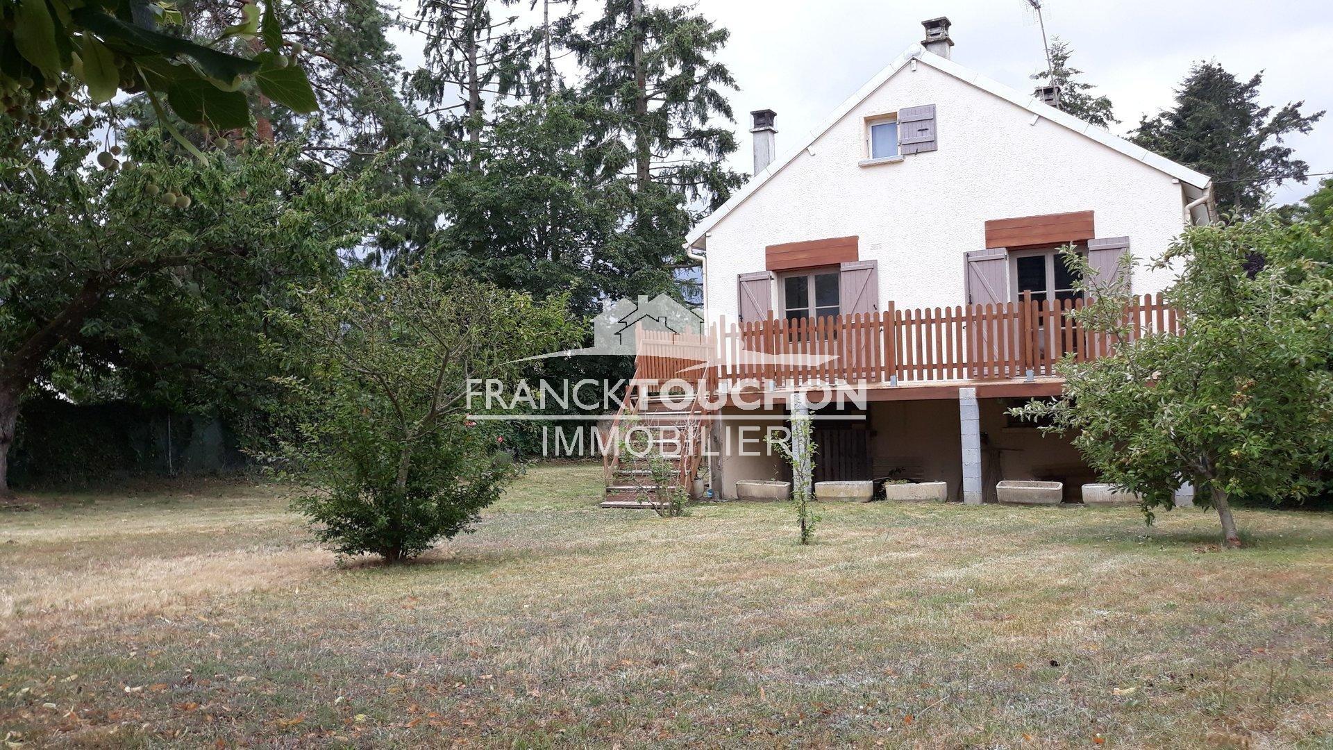 PAVILLON - FERRIERES (45210) - 1027 m² terrain à 5 min de toutes les commodités