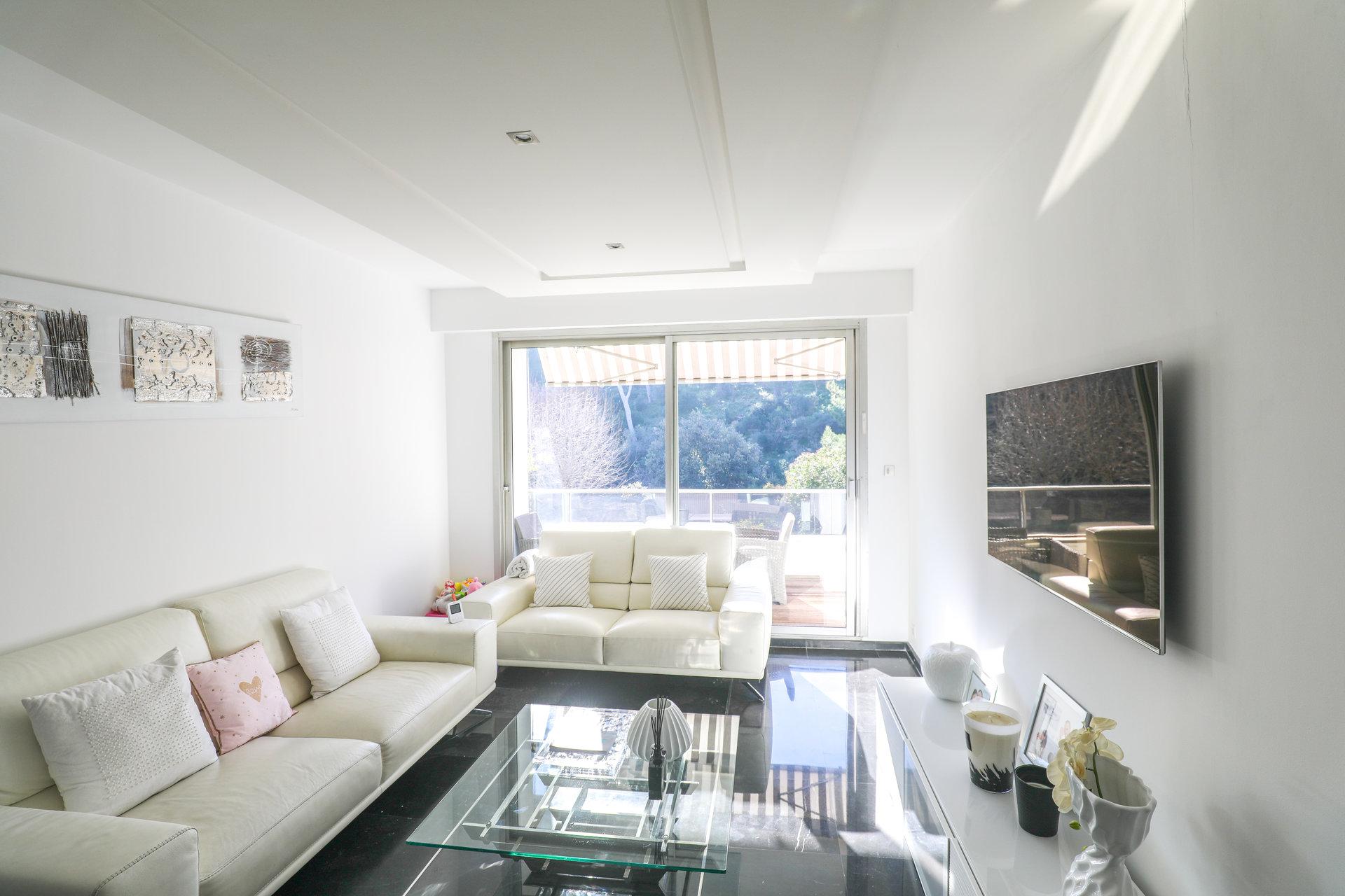 BLACK AND WHITE - Appartement de Type 3 de 91 m2