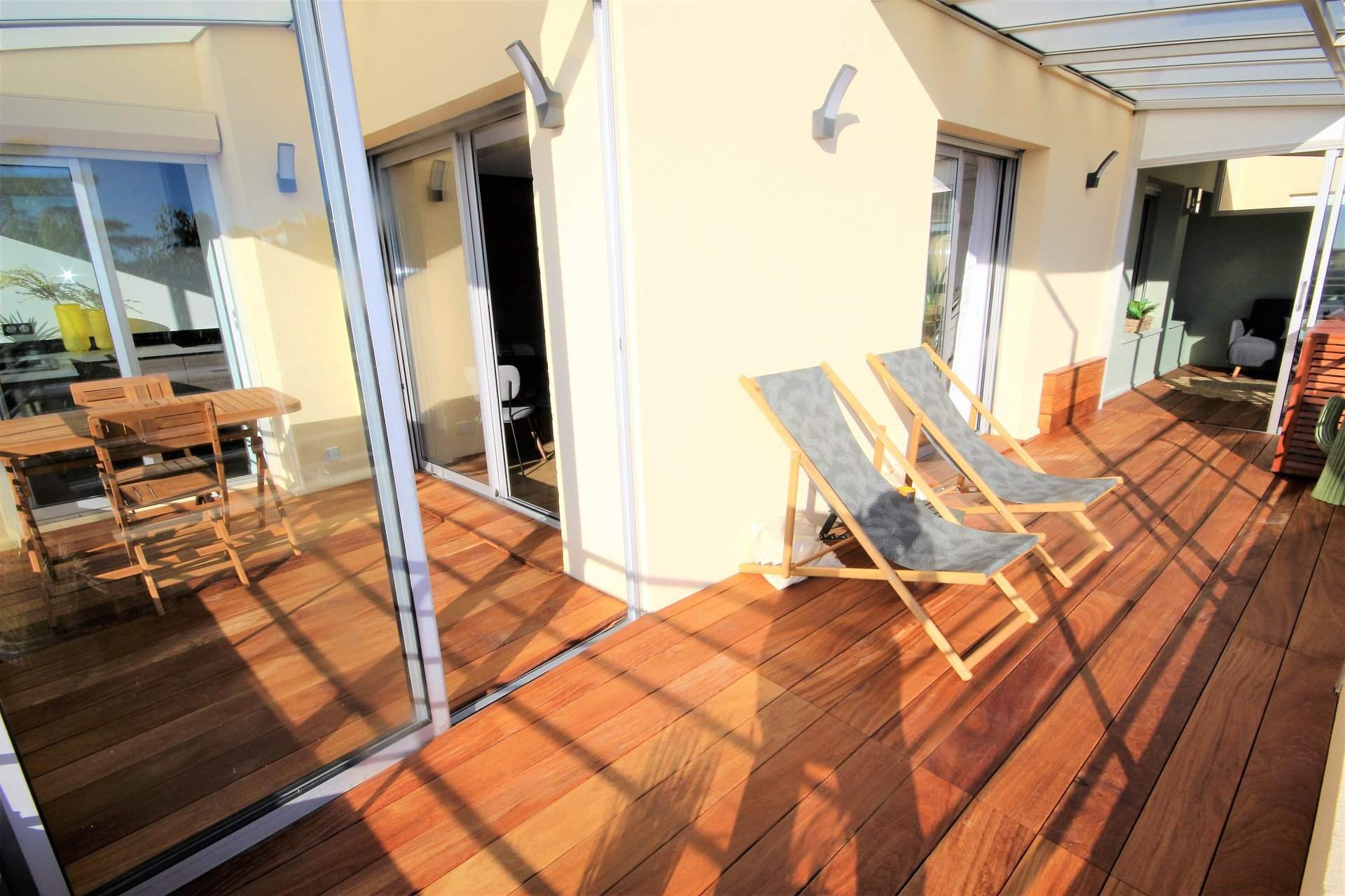 CANNES FOR SALE 3/4 ROOMS LAST FLOOR WITH QUIET SEA VIEW