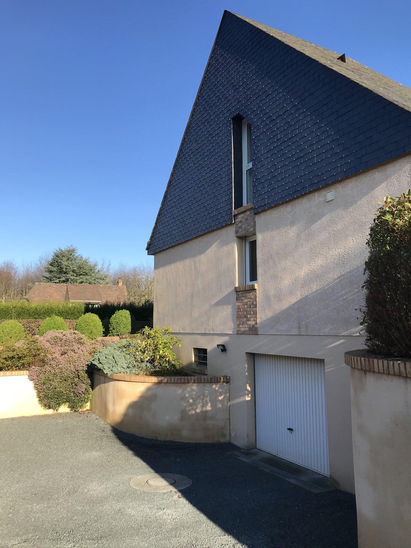Maison contemporaine à Montigny