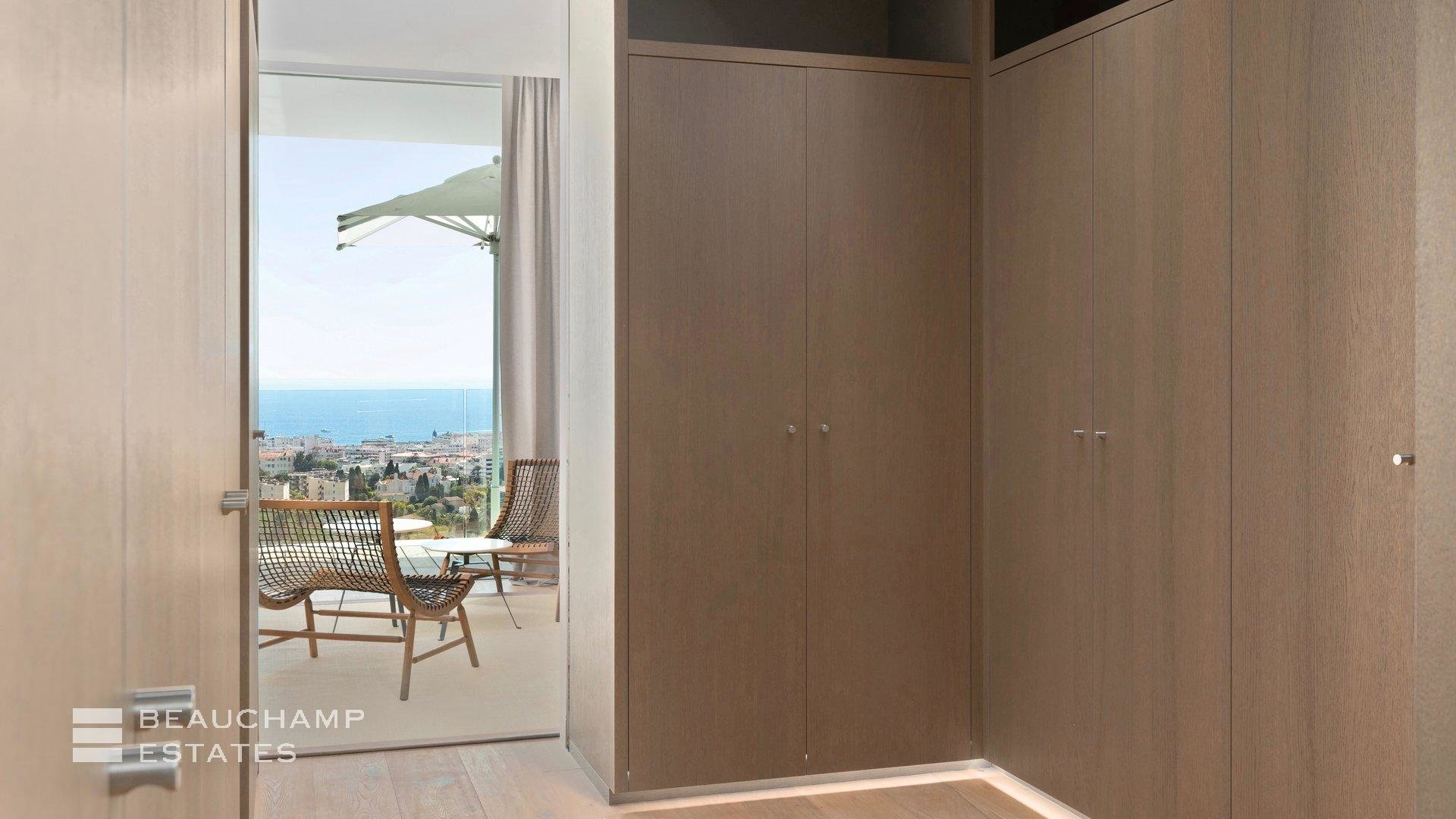 Architect's Villa in Cannes