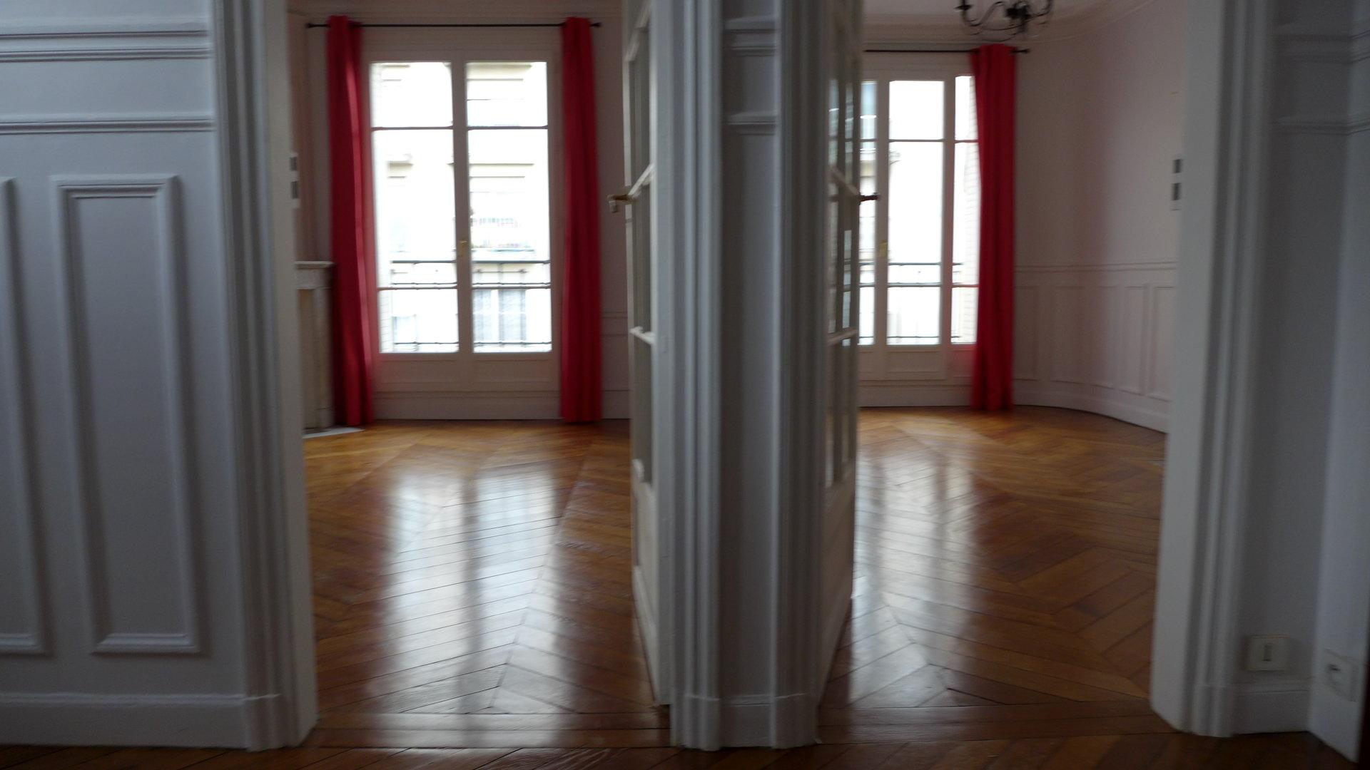 Métro CONVENTION 4 Pièces 84 m2