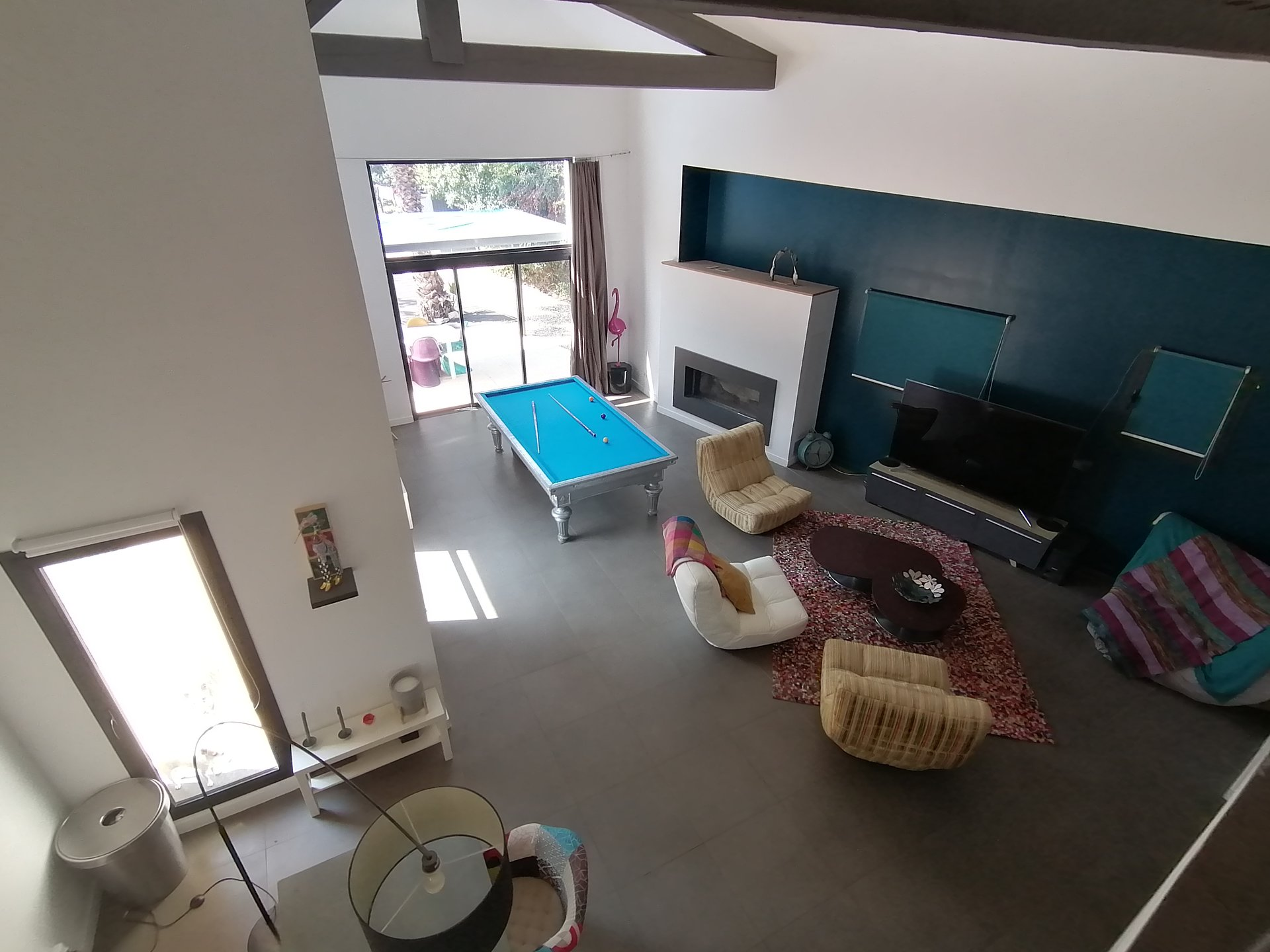 Superb contemporary villa of 190m² with pool and only 300m to the village of SAINT CEZAURE SUR SIAGNE