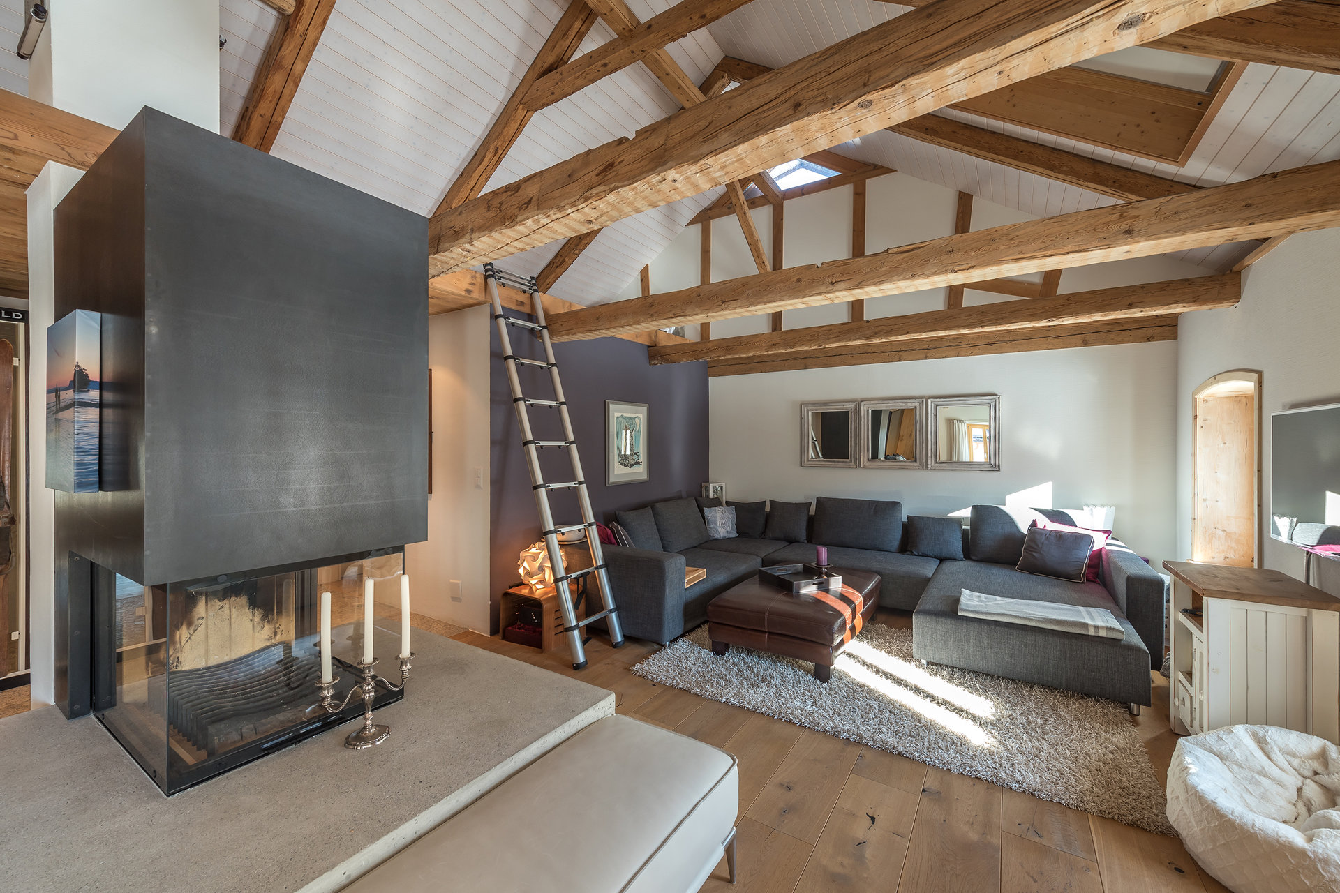 Mountain house for sale in Scoul - living room