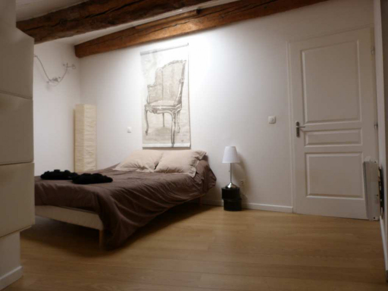 Apartment with terrace in central Pezenas