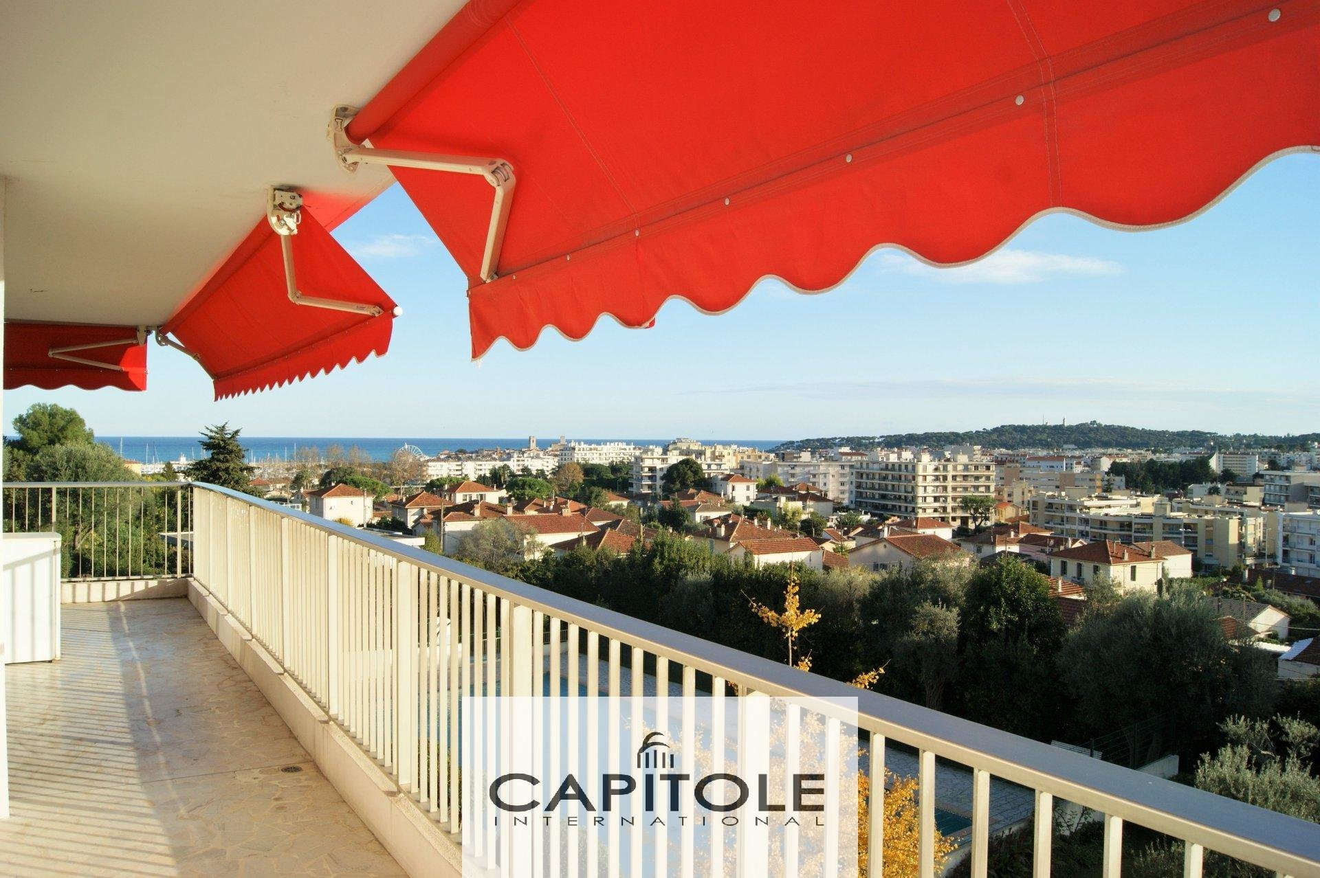For sale, Antibes near center, sea view 2 bedroom apartment, terrace, parking space