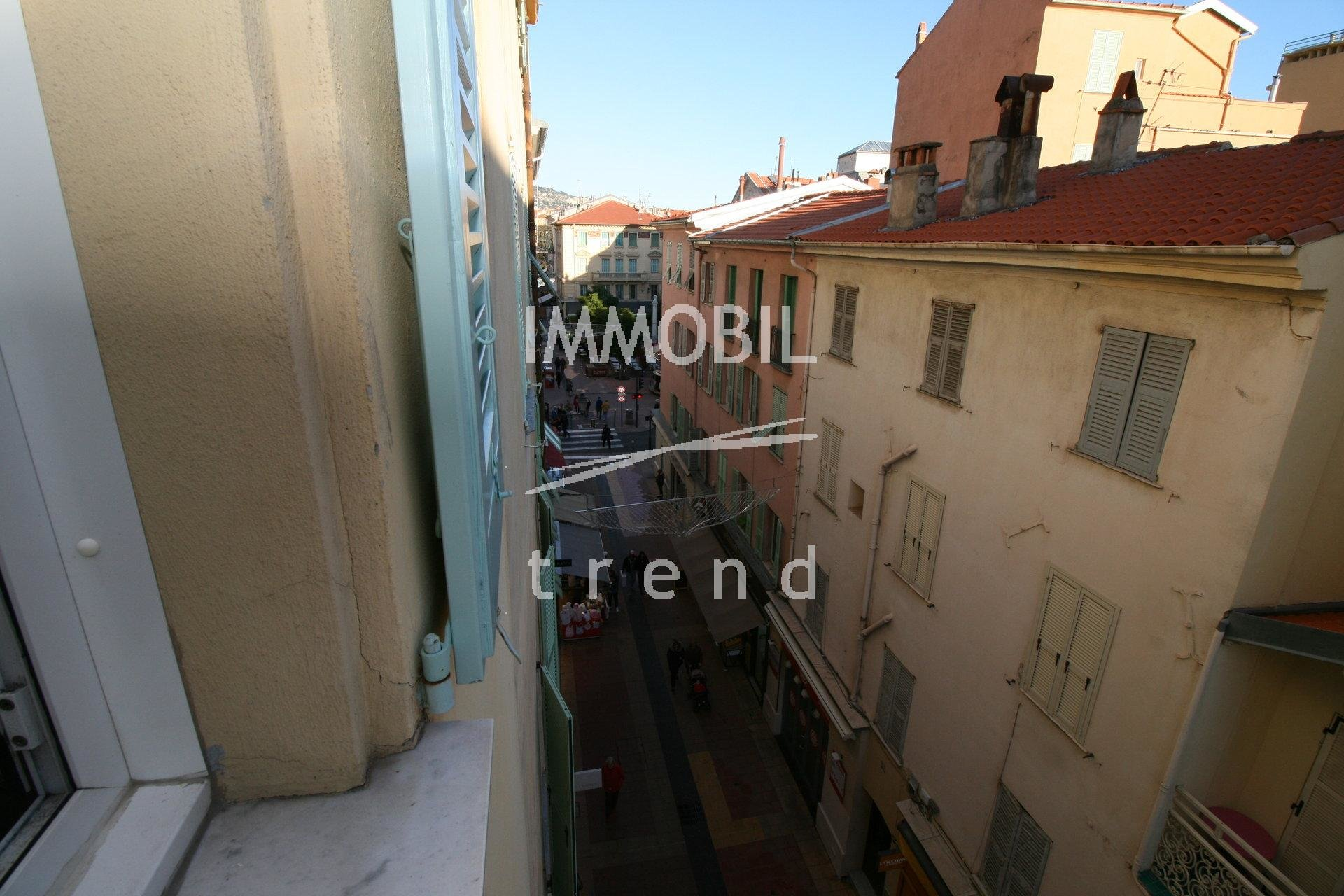 MENTON REAL ESTATE PEDESTRIAN ROAD - 2 BEDROOM APARTMENT FOR SALE