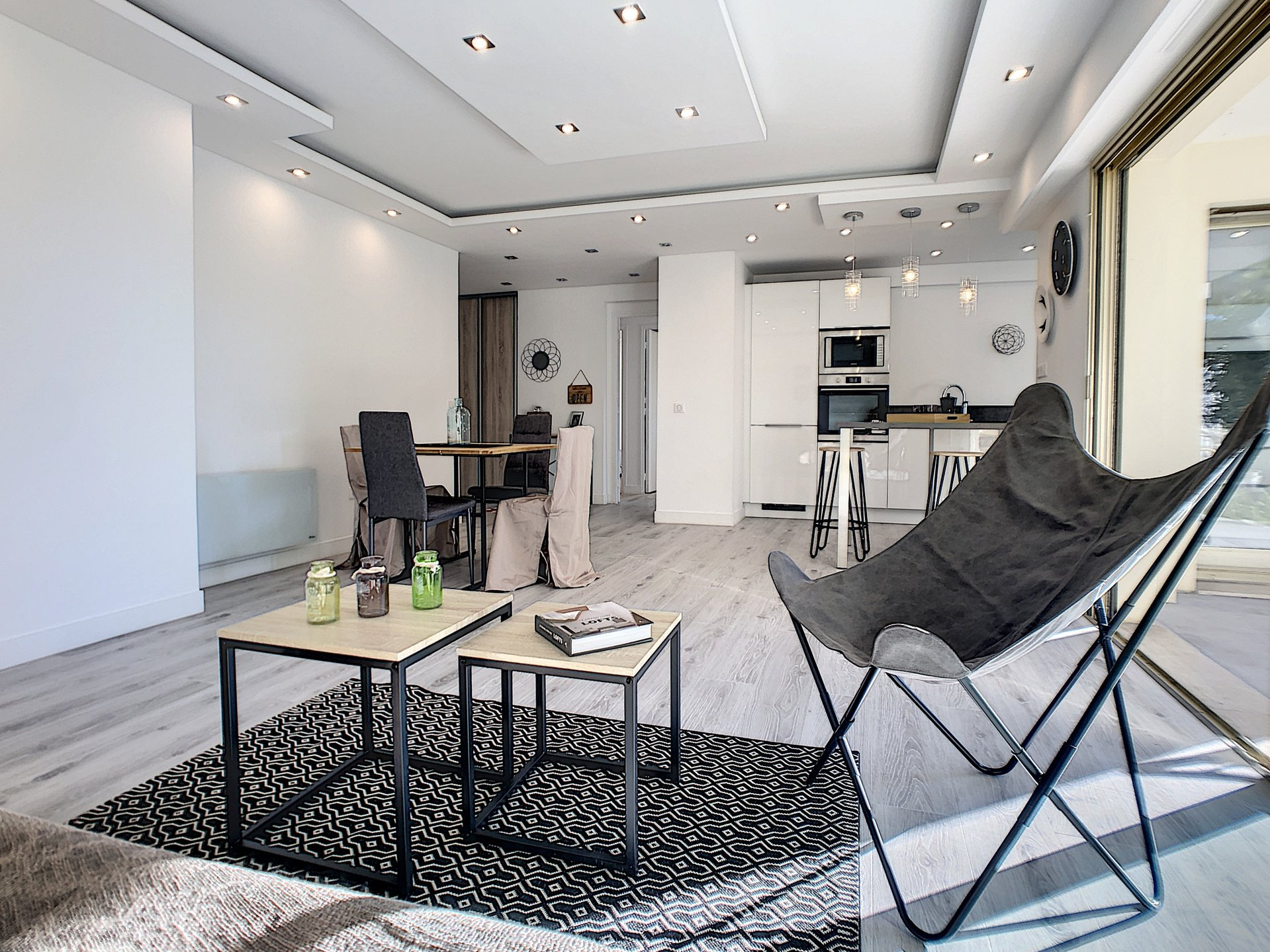 CANNES MONTROSE - Superb 3-room apartment of 72 m²