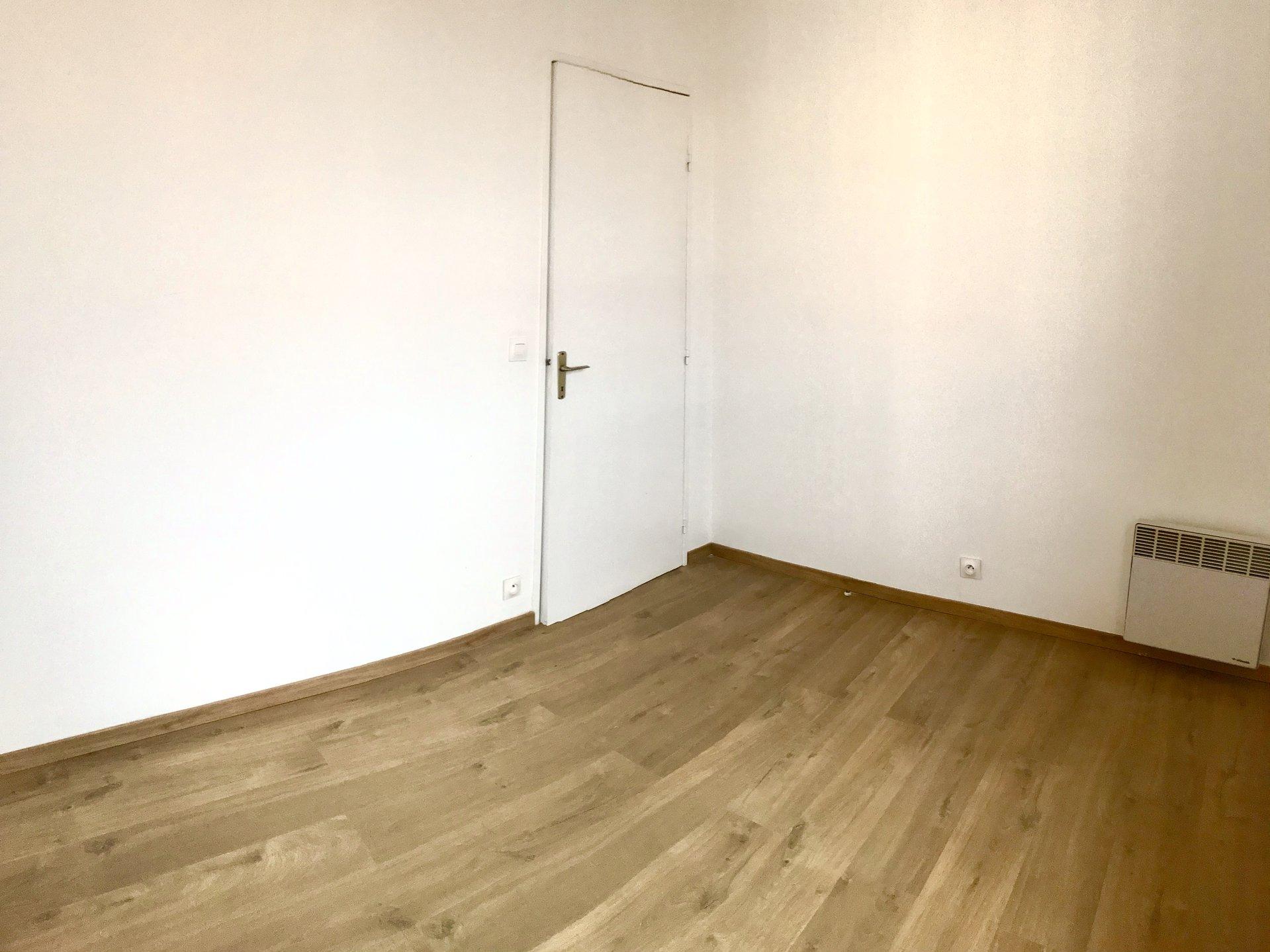 Appartement T2 de 50 m² avec PLACE DE PARKING et BALCON