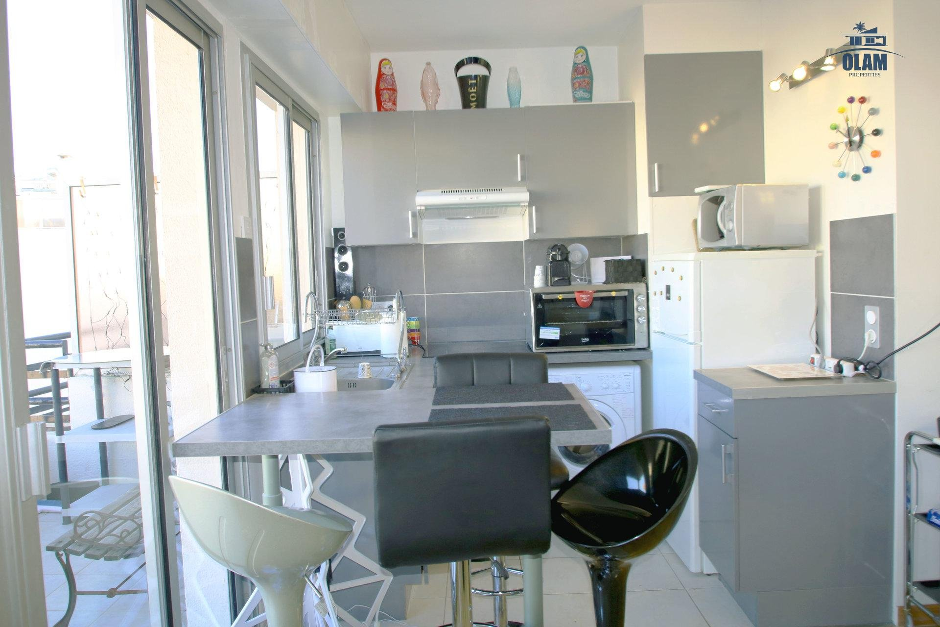 Kitchen, oven, fridge, terrace, Cannes, French Riviera