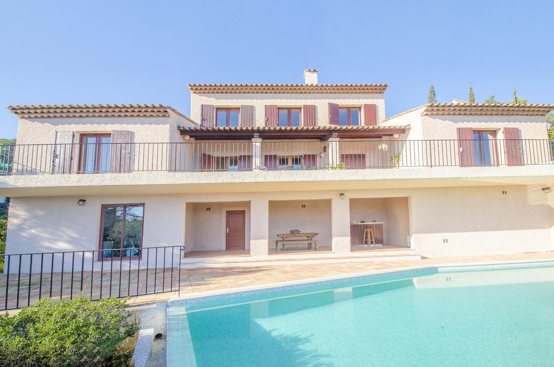 Splendid villa à Miramar avec vue Mer