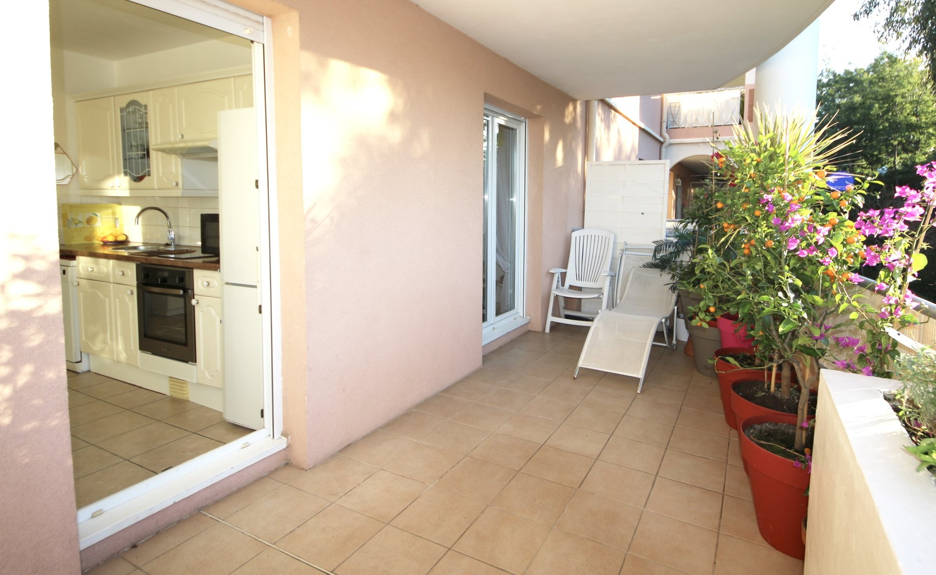 Cannes Croix des Gardes, 1 bedroom apartment with terrace in nice residence