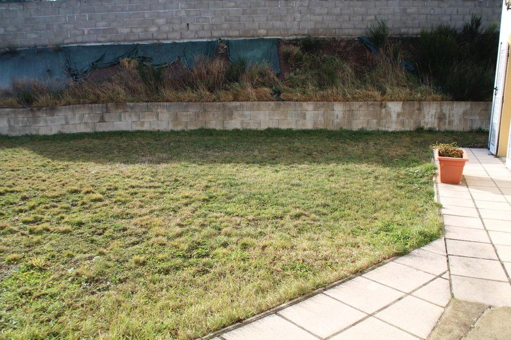 Villa 245m2 habitable, piscine, terrain 930m2 SAINT FERREOL D'AUROURE