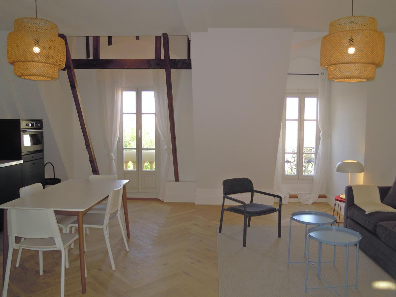 Top floor apartment with roof terrace of 57 sqm