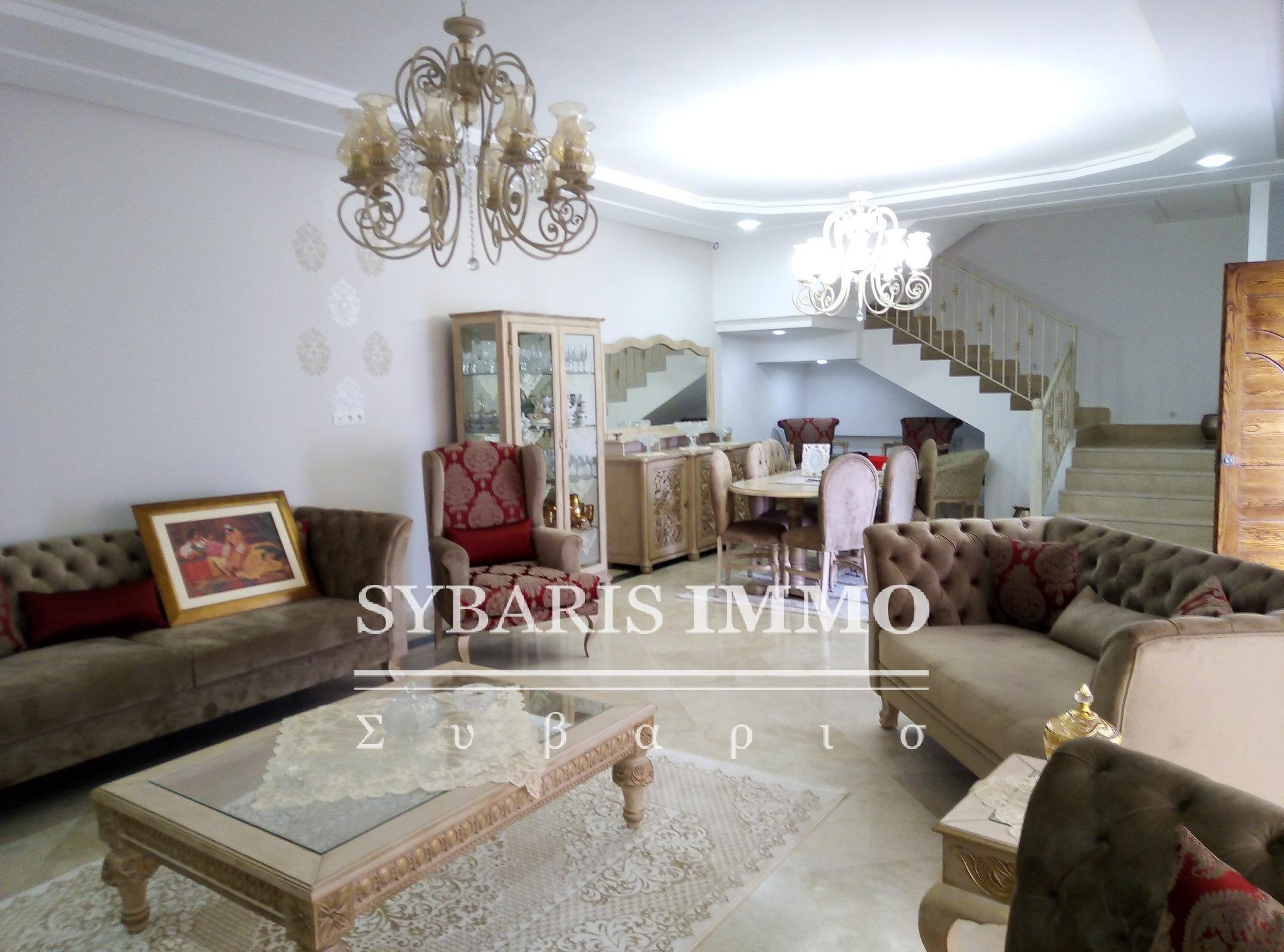 vente villa s+4 a gammarth forêt - Tunis