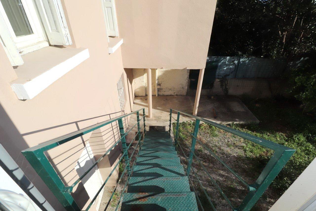 Perpignan Palais des Congrés, T3 avec garage et jardin de 180 m²