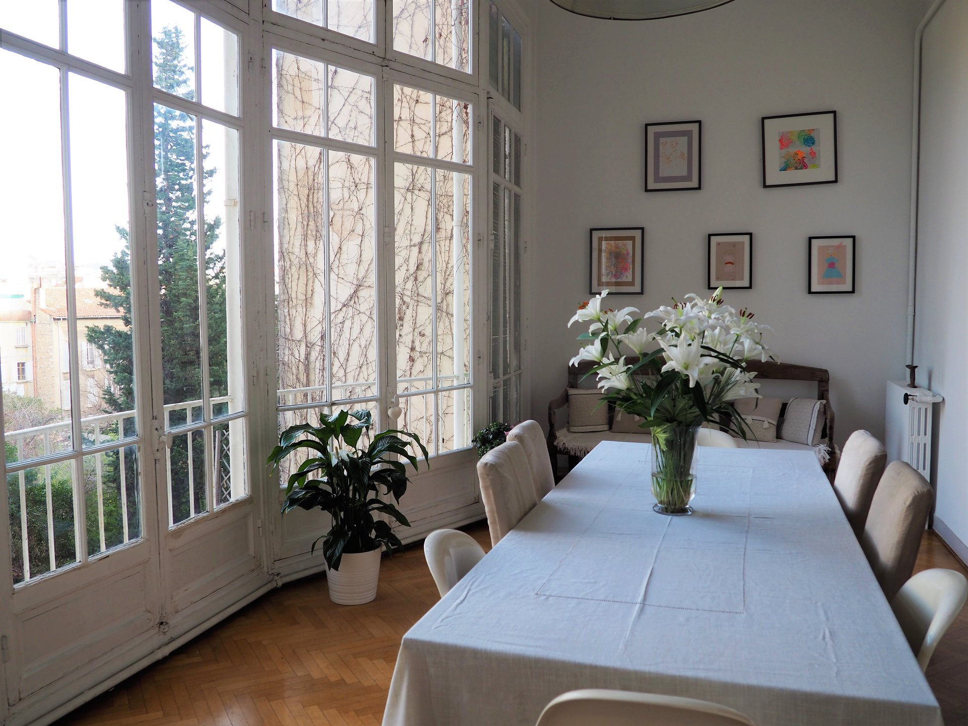 Marseille 8ème - Magnifique bourgeois de 203m² avec balcon