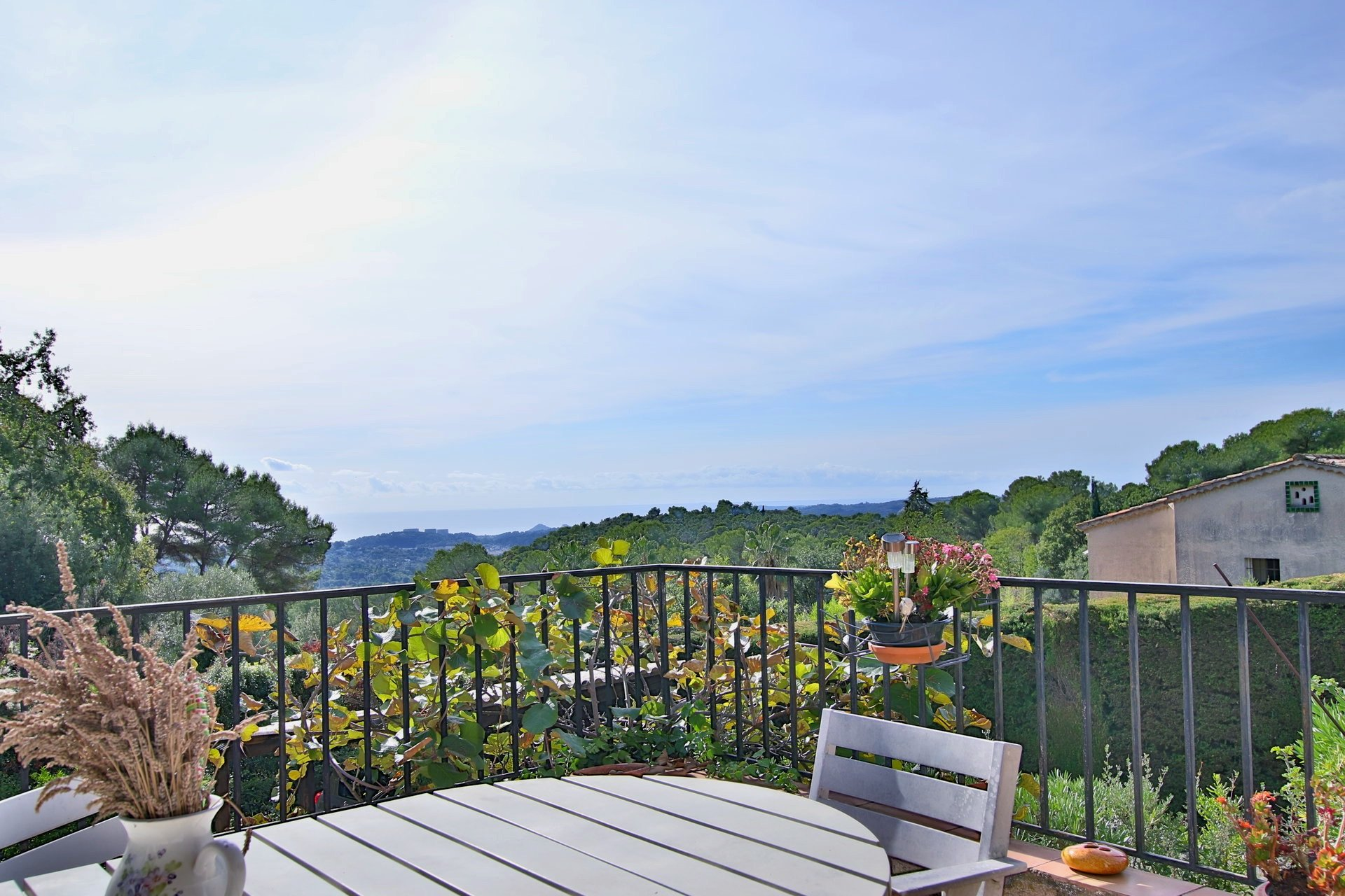 Sale Property - Saint-Paul-de-Vence