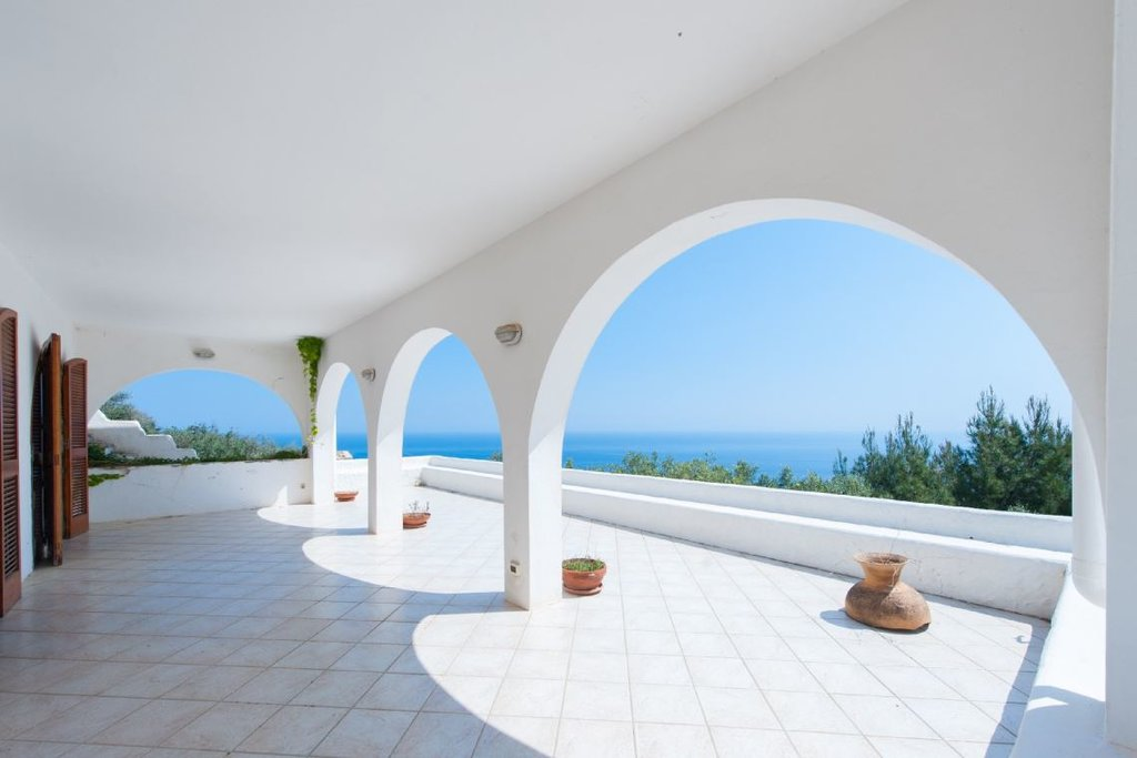 Amazing seaview villa, 3 bedrooms, garden