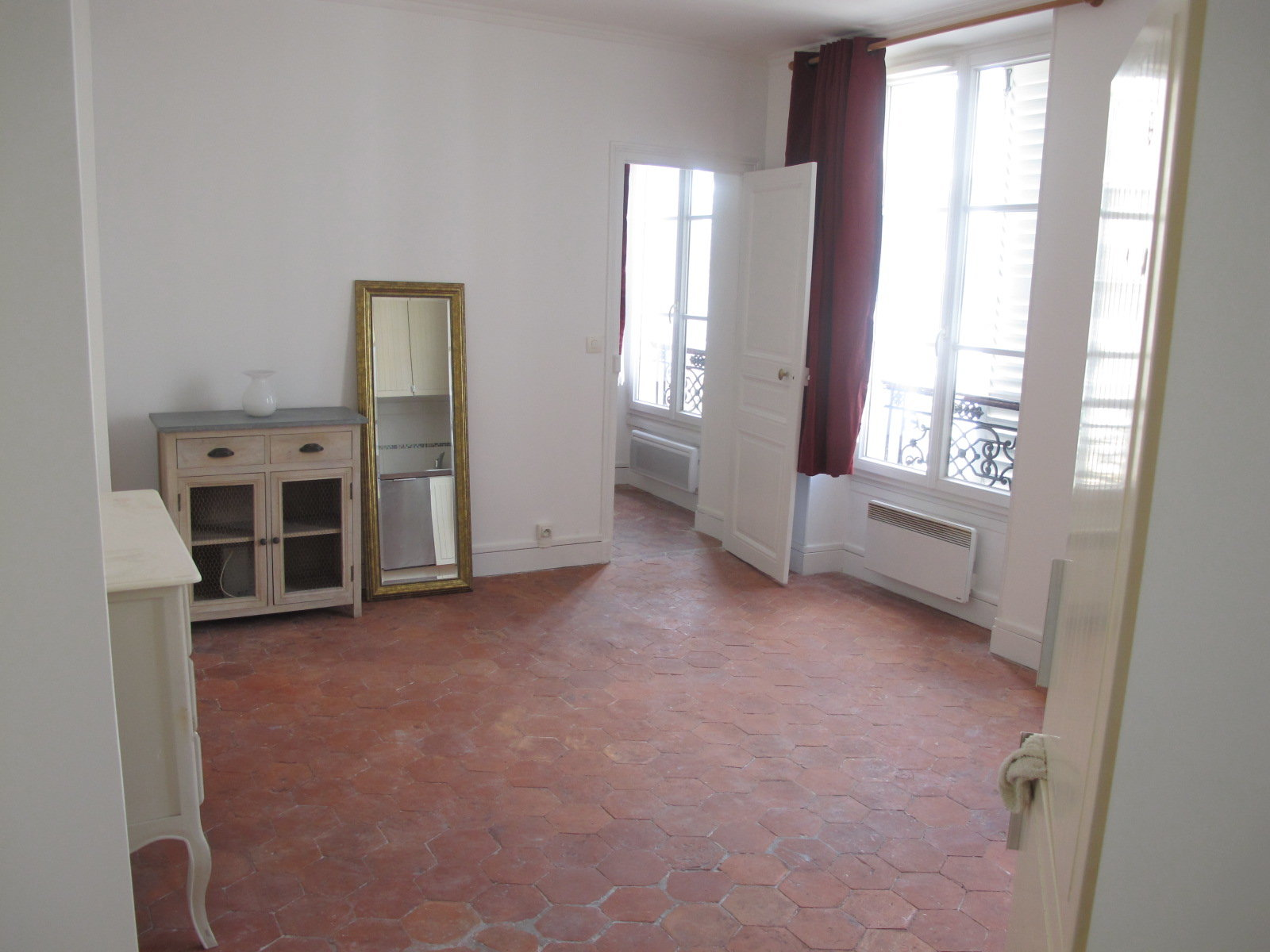 PARIS 4ème - SULLY MORLAND