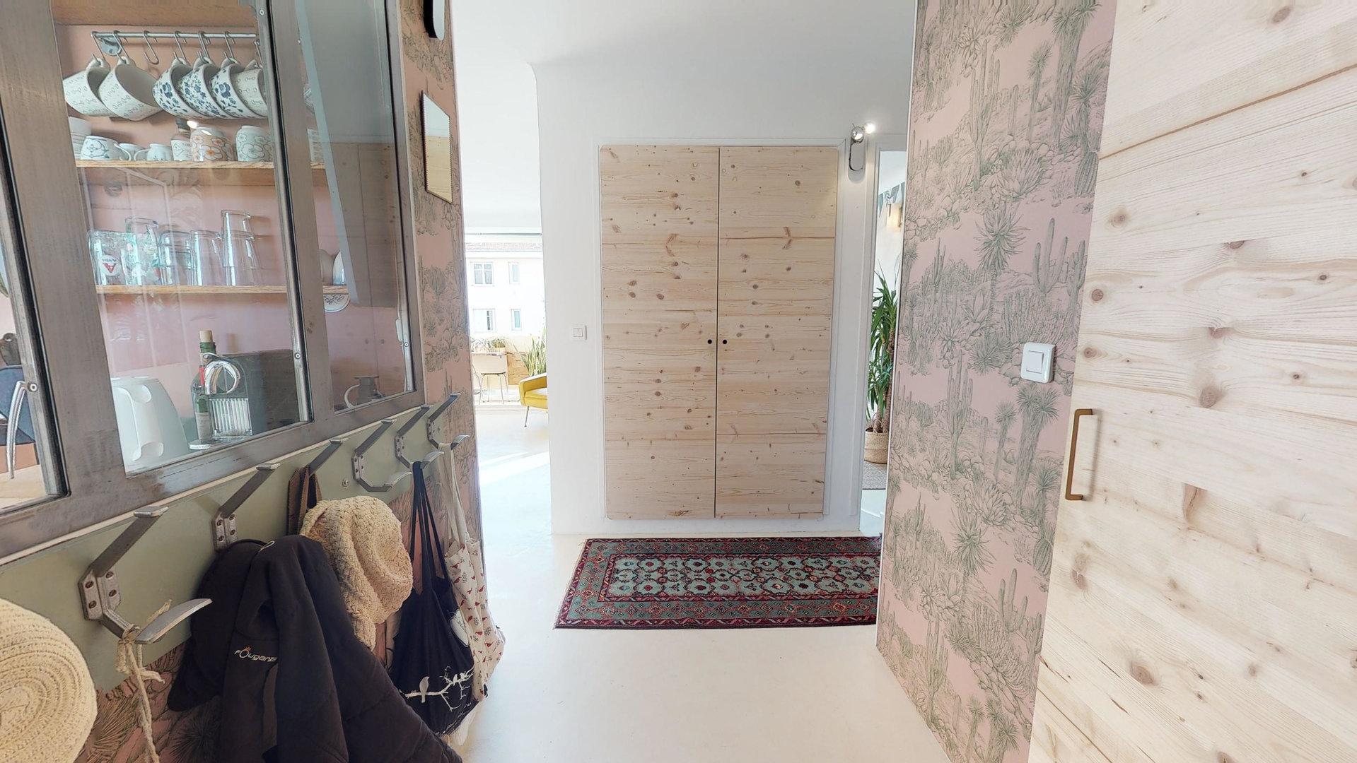 A Vendre, 3 pièces 56m², Nice - Le Port