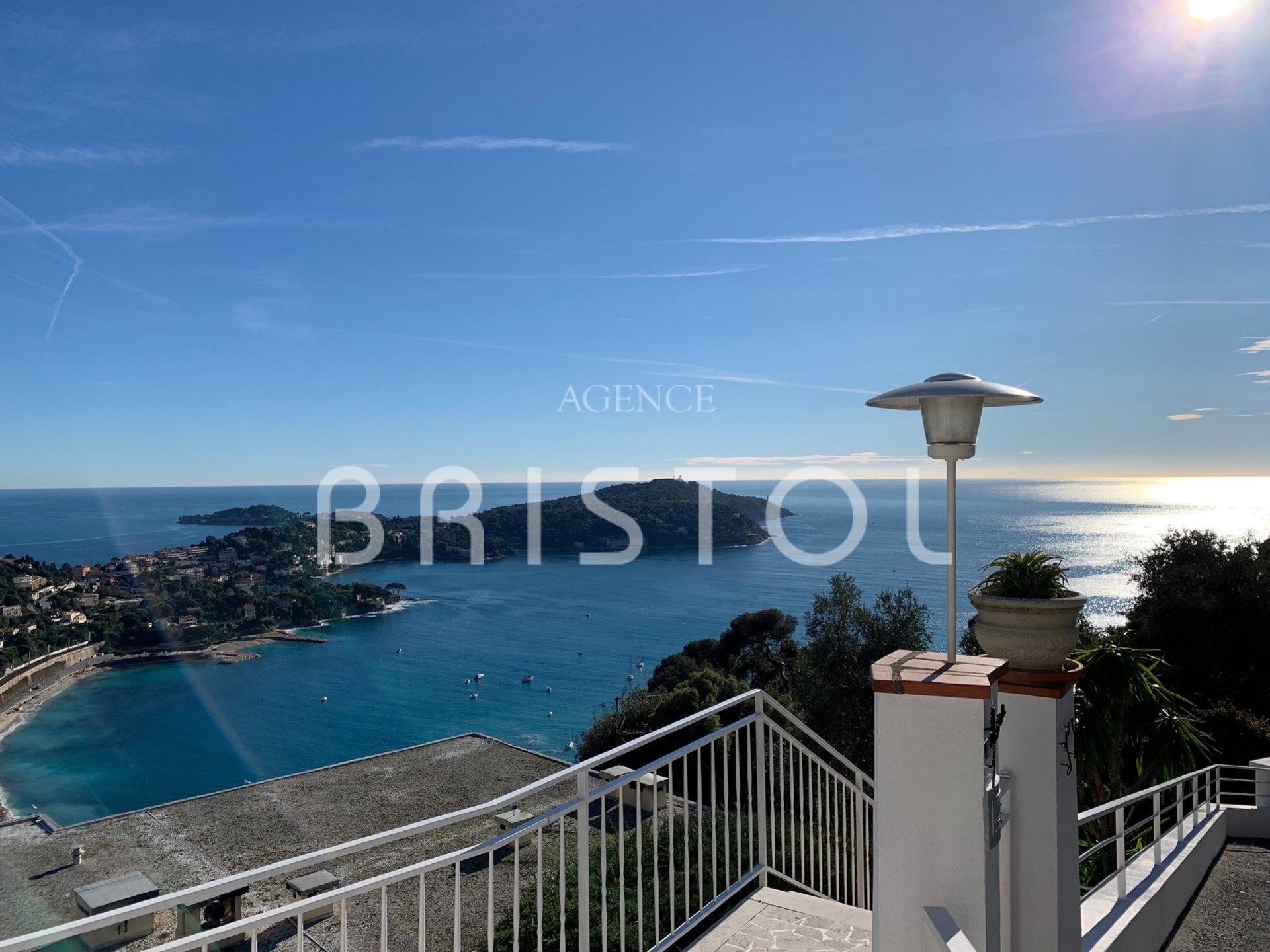 Villa in private gated estate in Villefranche sur Mer