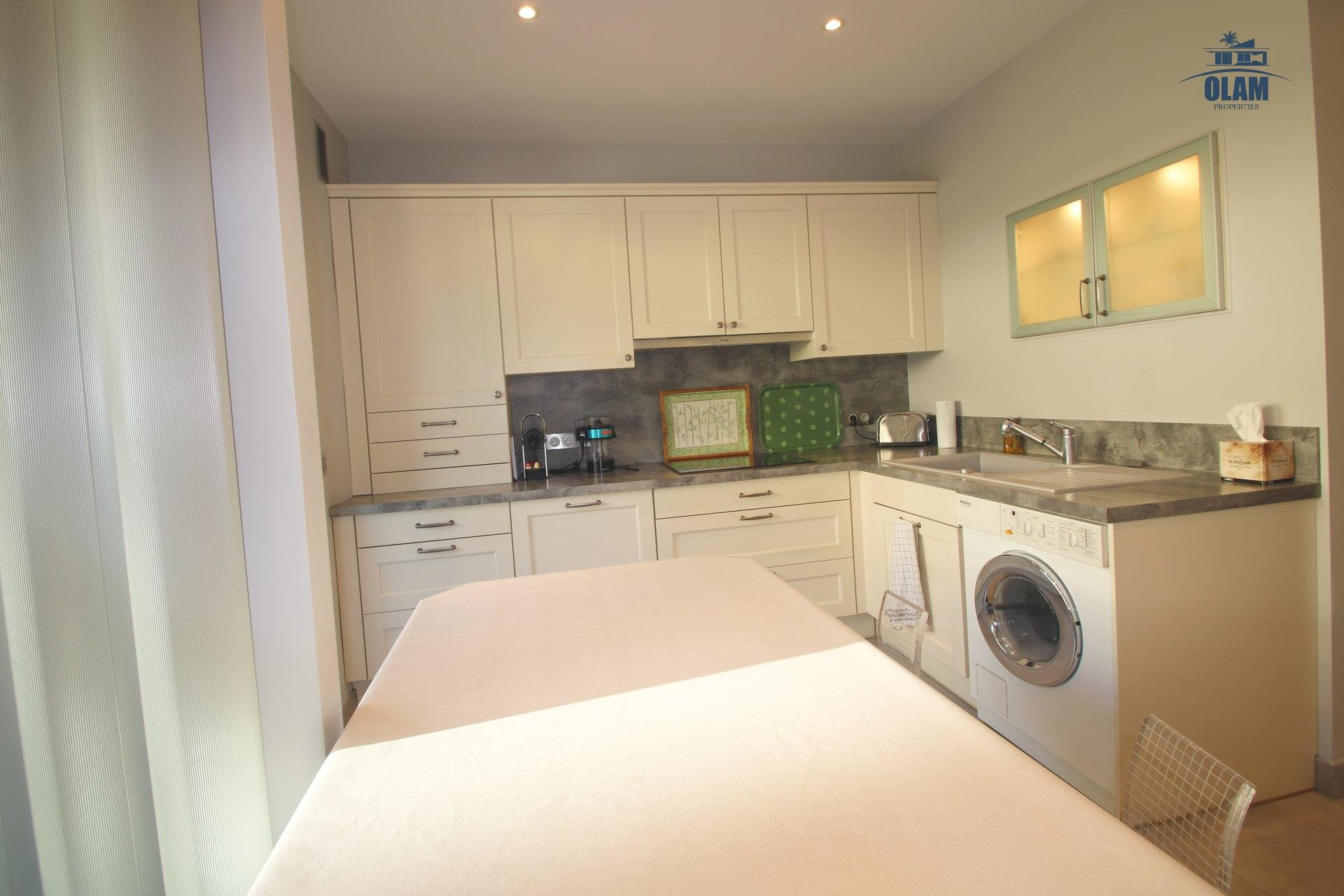 Fully-equipped kitchen, oven, fridge, Cannes, Croisette