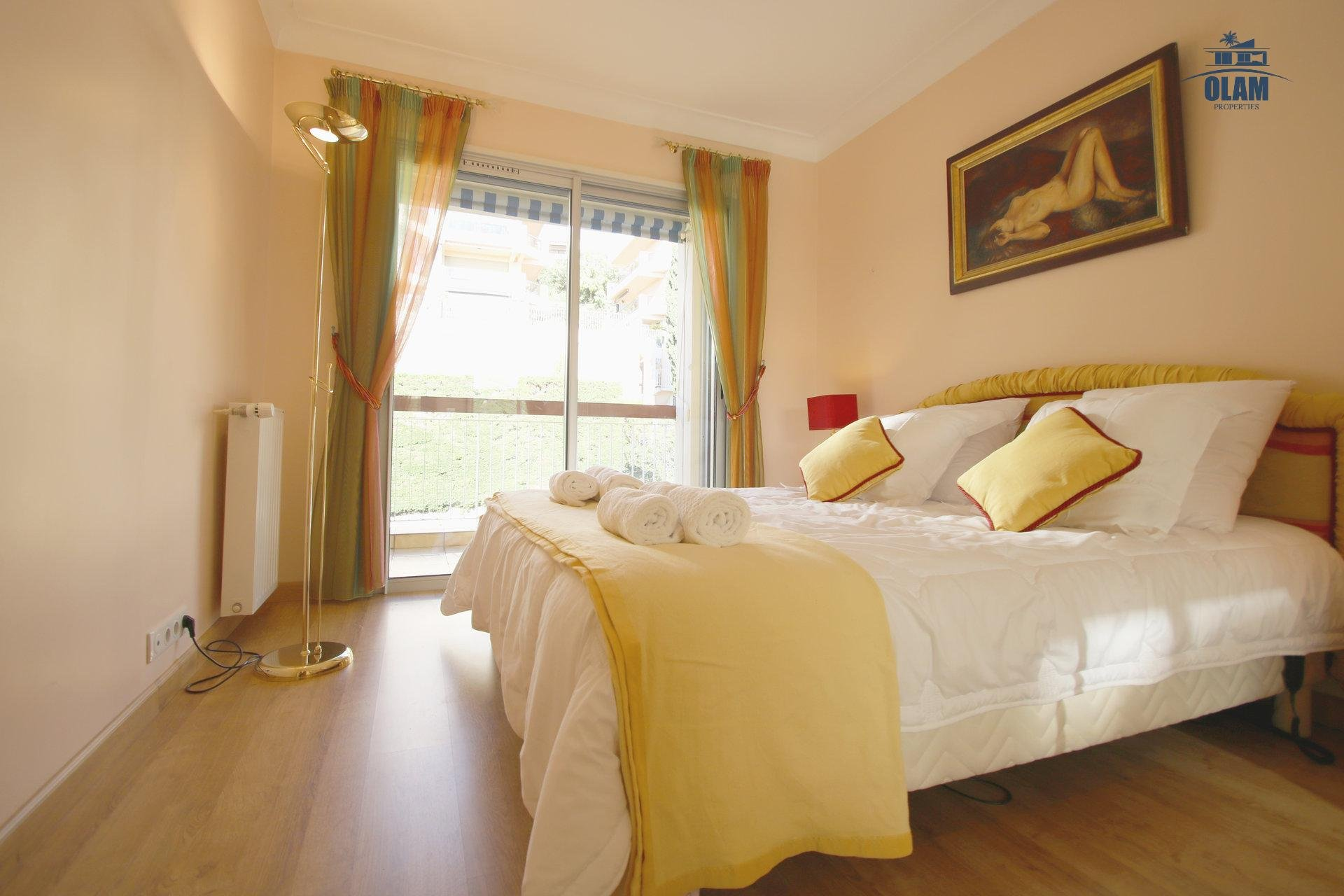 Third bedroom, view, Cannes, French Riviera, queensize bed
