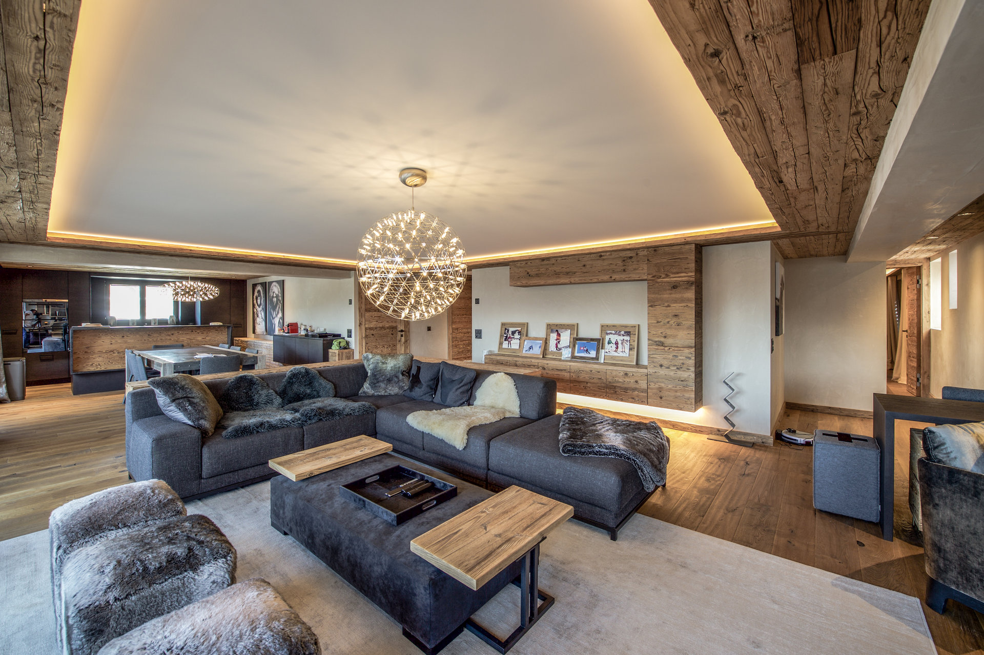 Magnificent apartment in 'Les Moulins' Accommodation in Verbier St-Bernard