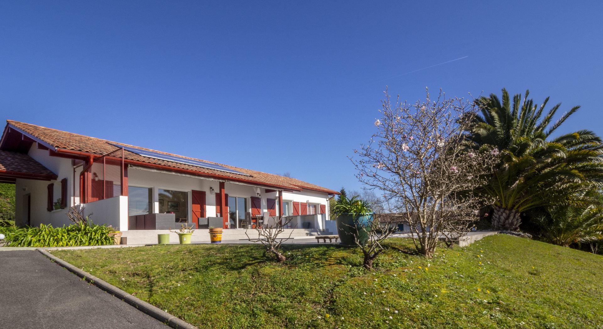 ARCANGUES - Villa 6 pièces vue Rhune