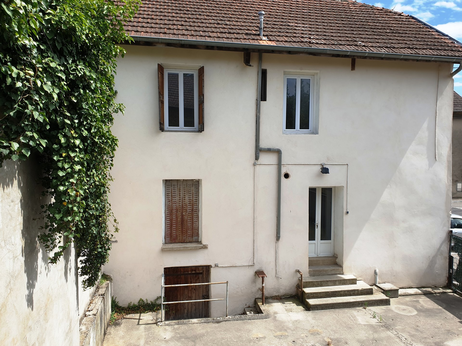 Maison de village 6 pièces 100m².